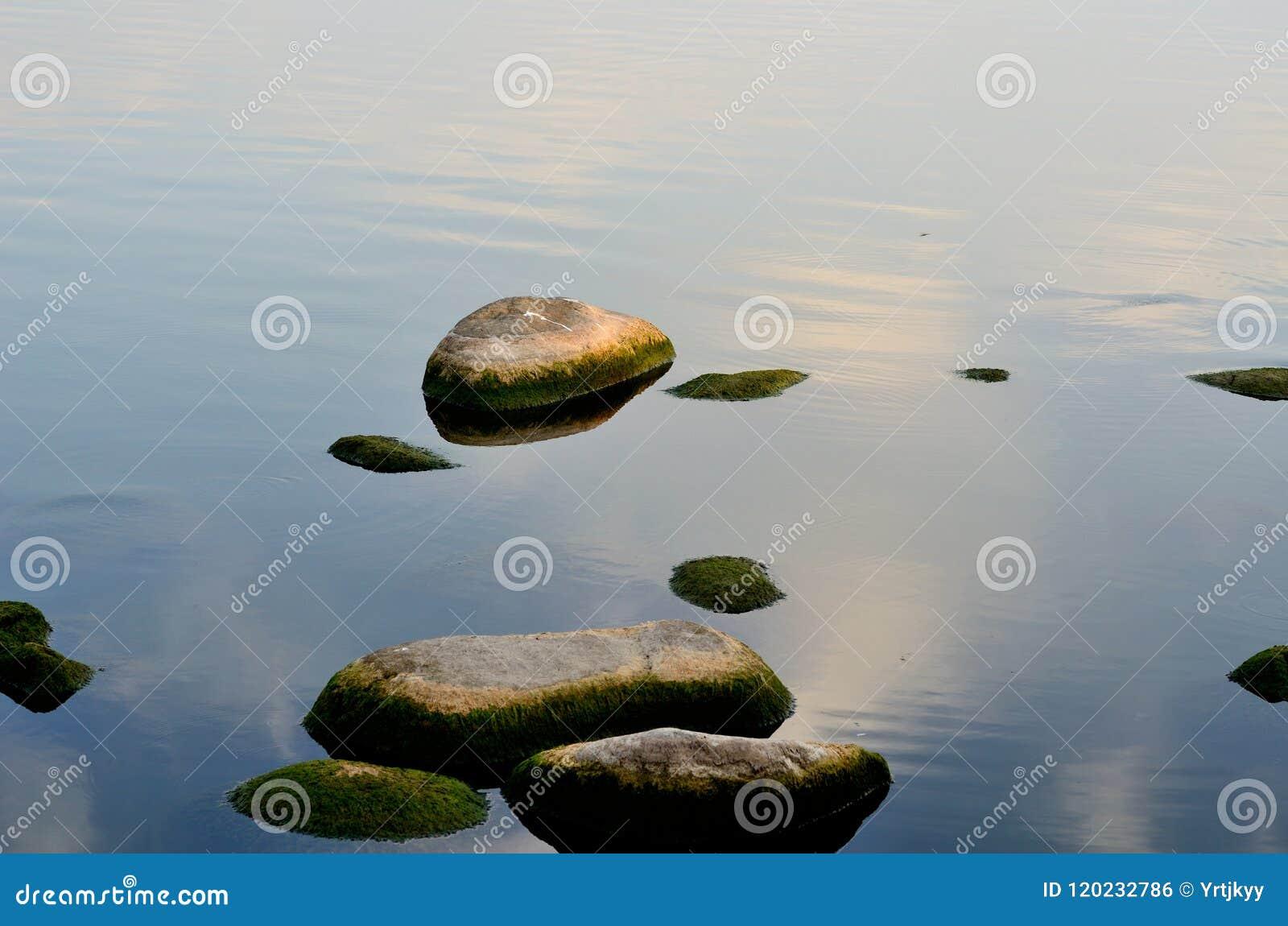 De ochtend van het Meer van het Oosten - steen