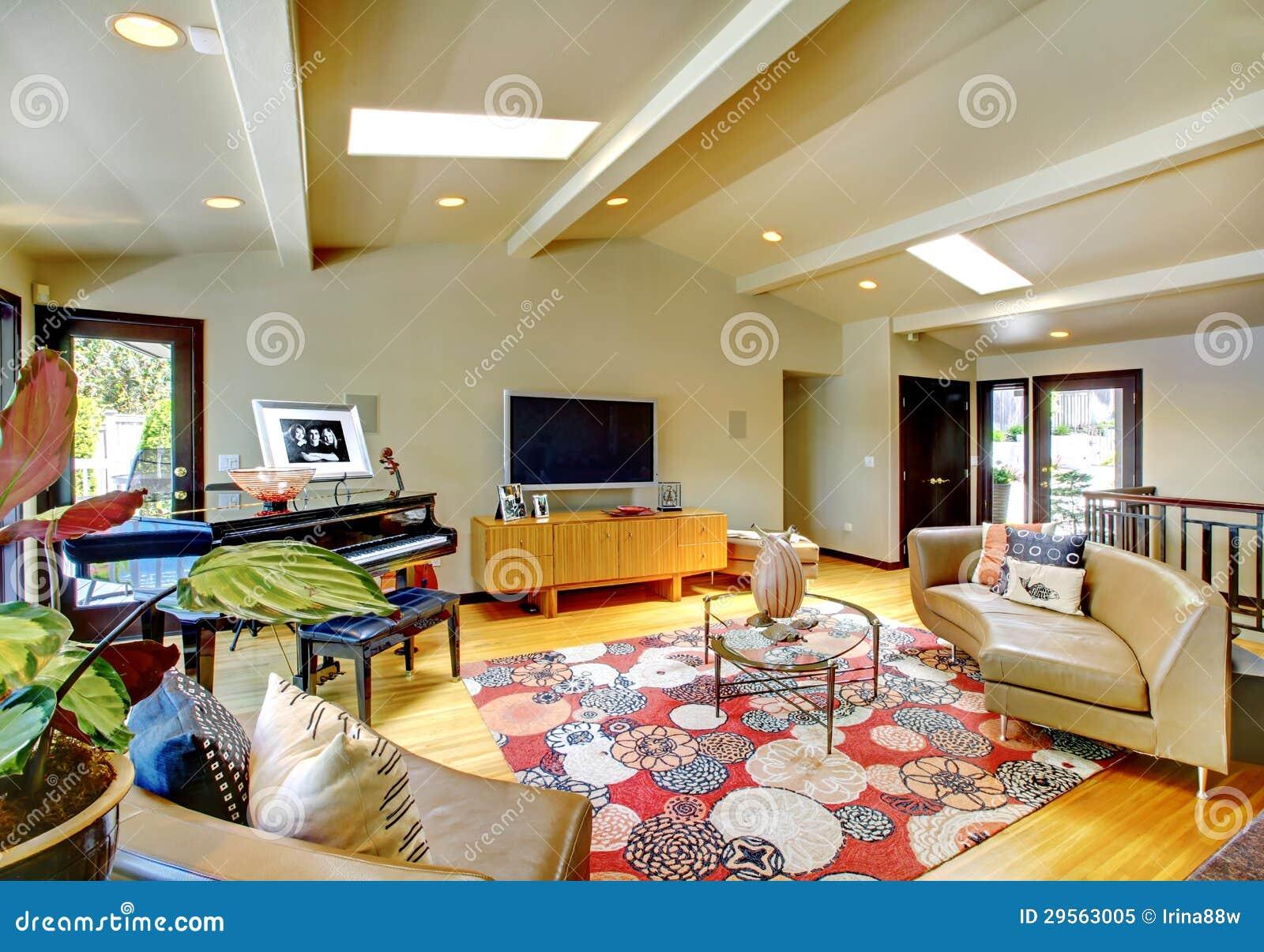De open moderne binnenlandse woonkamer van het luxehuis met piano stock afbeelding afbeelding - Foto van moderne woonkamer ...