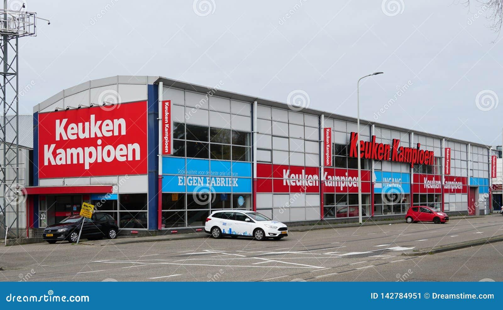 De opslag van Keukenkampioen in Nederland