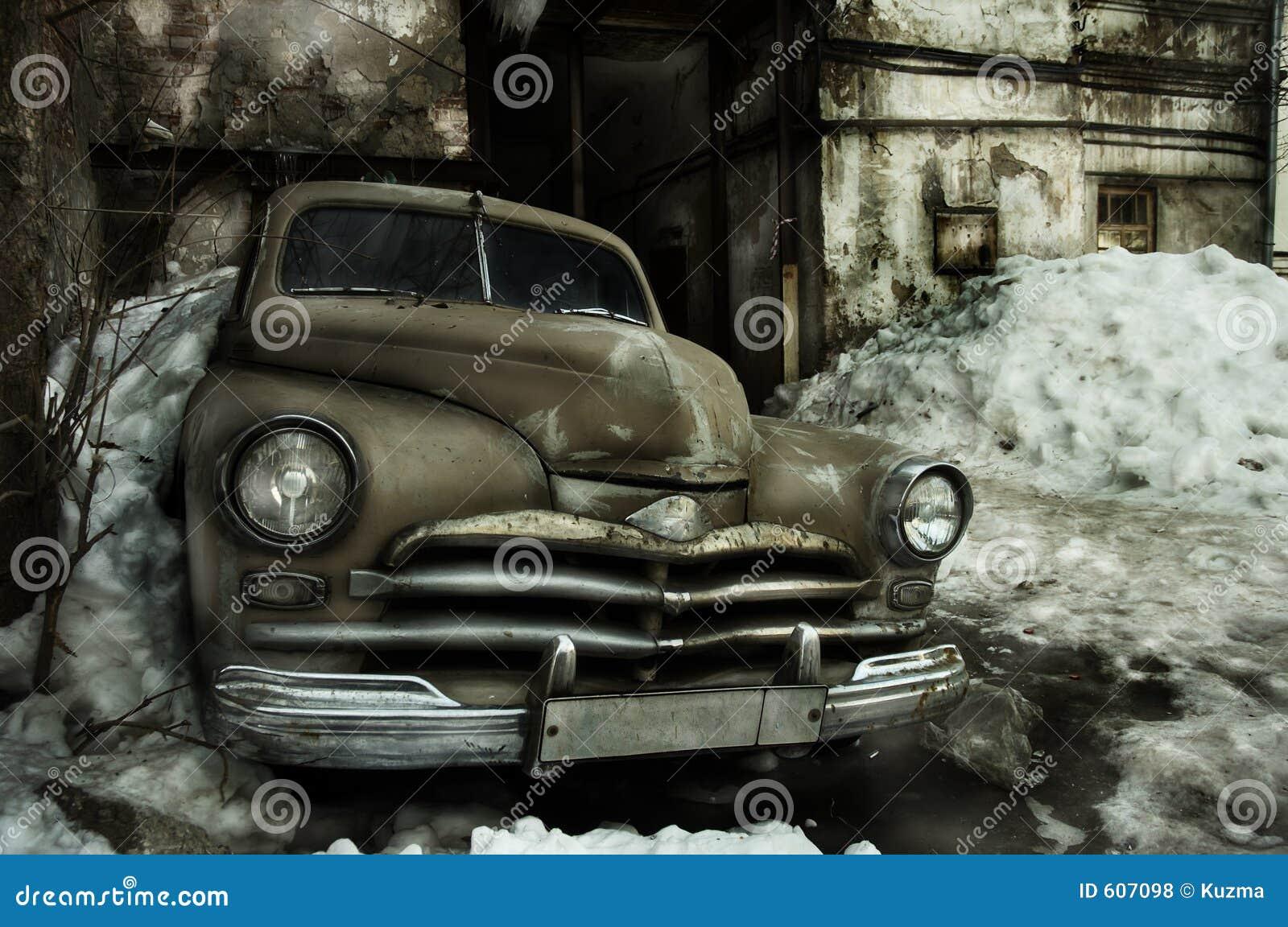 De oude auto van Grunge