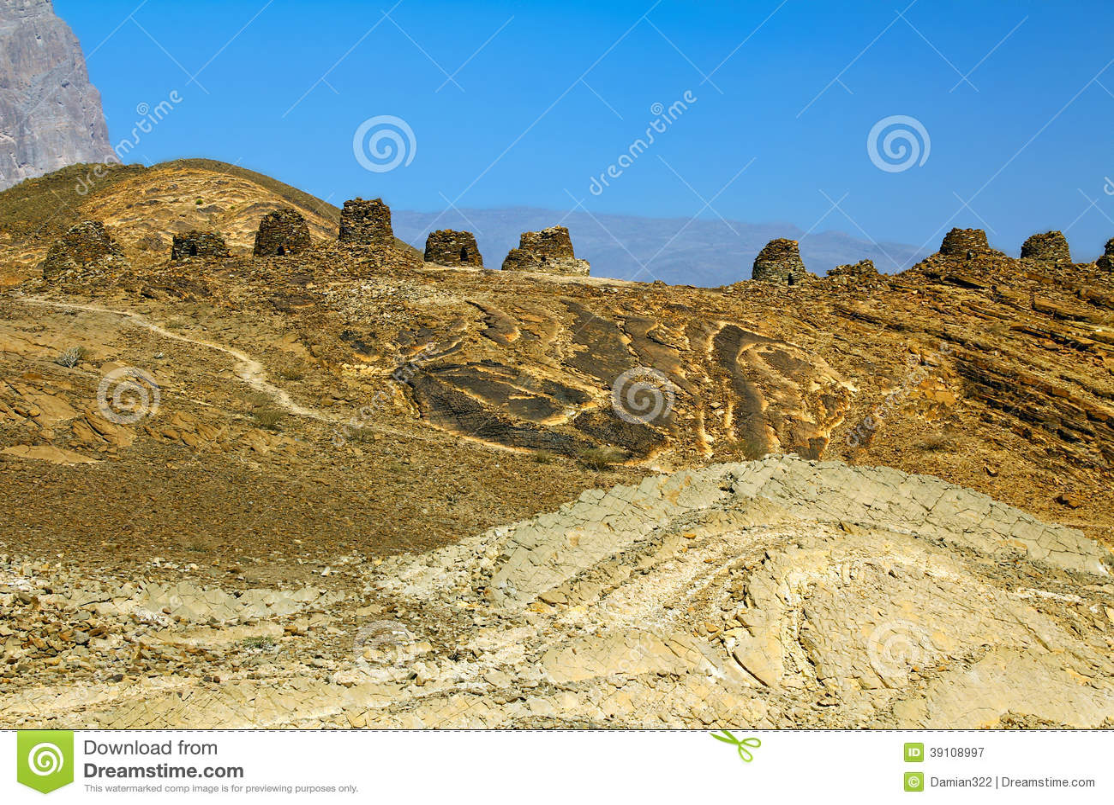 De oude Bijenkorfgraven in Jabal Westelijke Misht