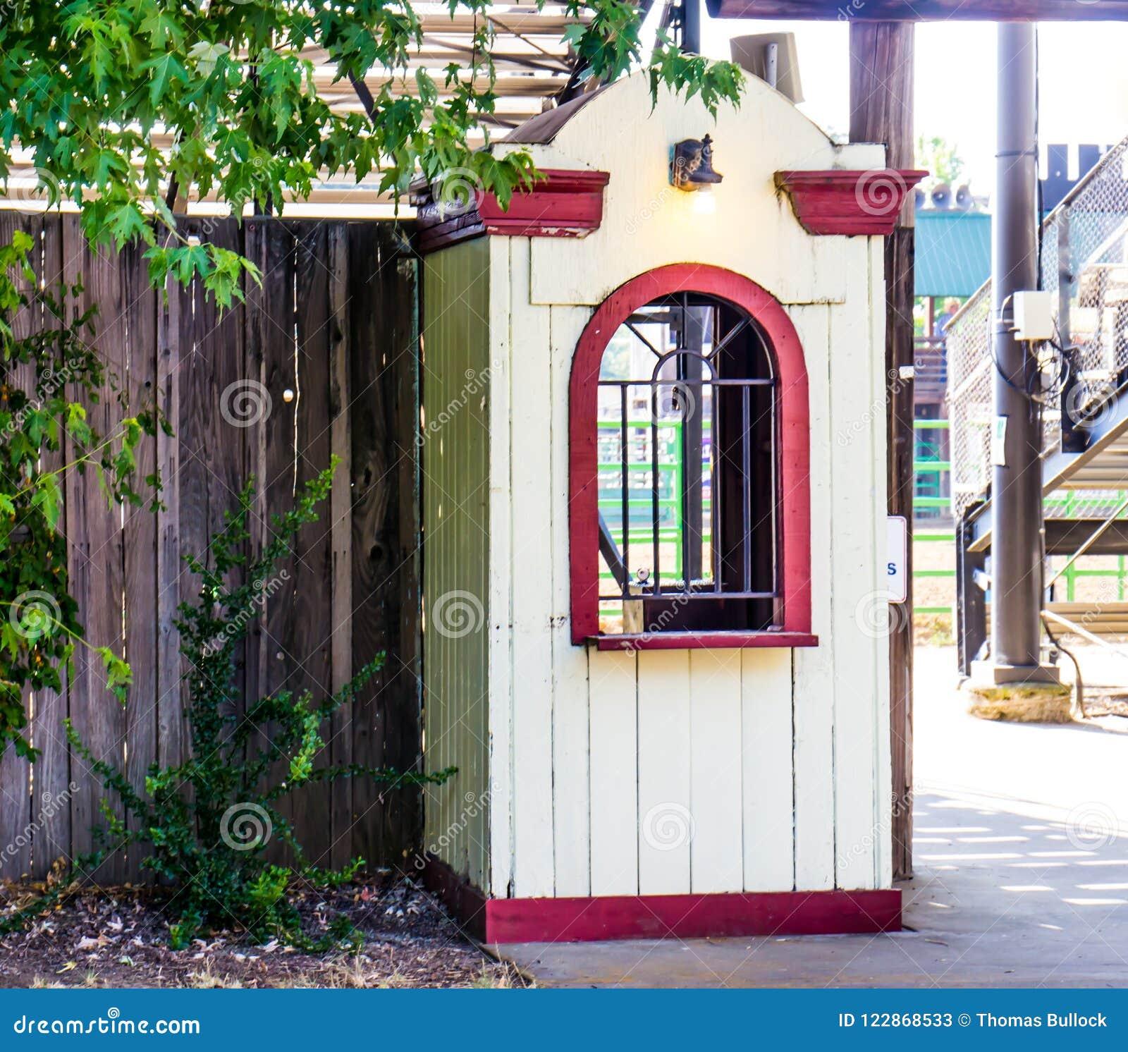 De oude Houten Cabine van de Kaartjestoelating