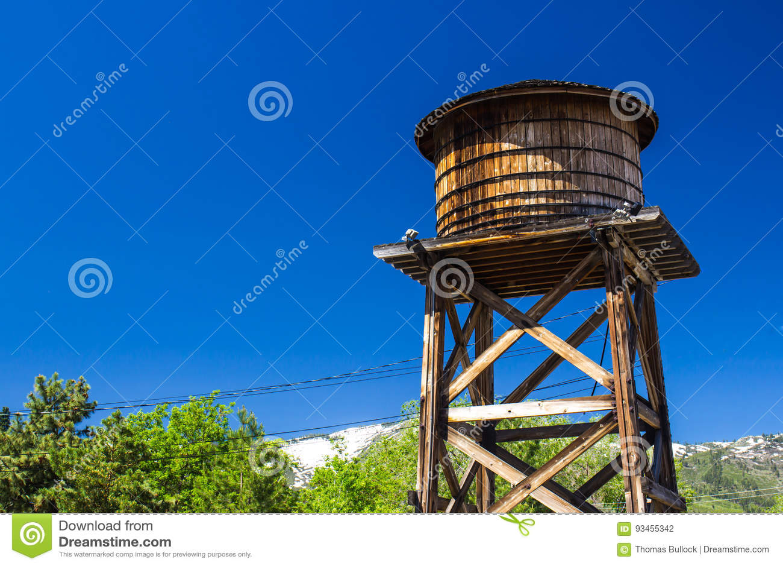 De oude Houten Tank van het Water