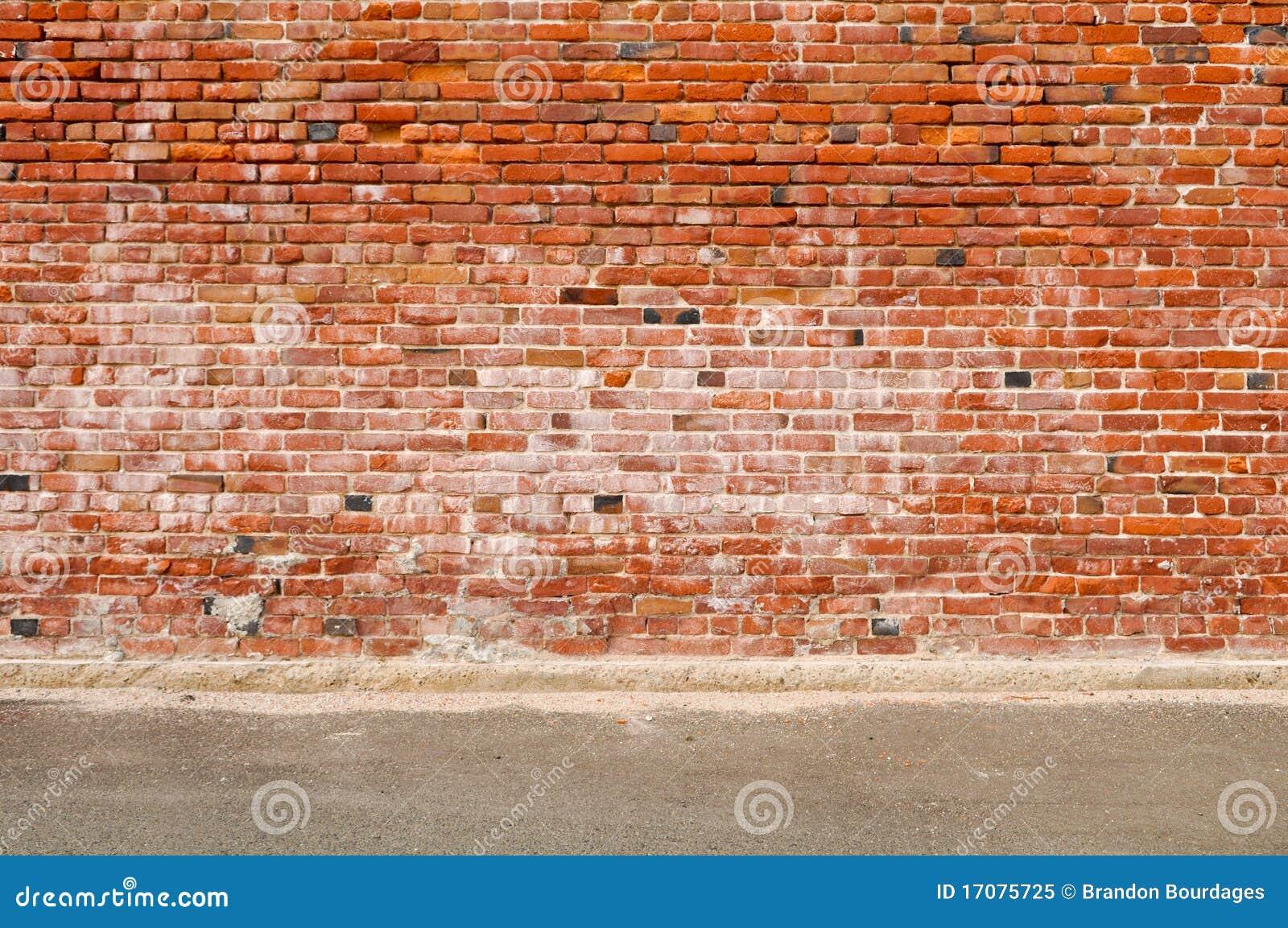 De oude straat van de bakstenen muur en van de weg stock afbeelding afbeelding 17075725 - Muur van de ingang ...