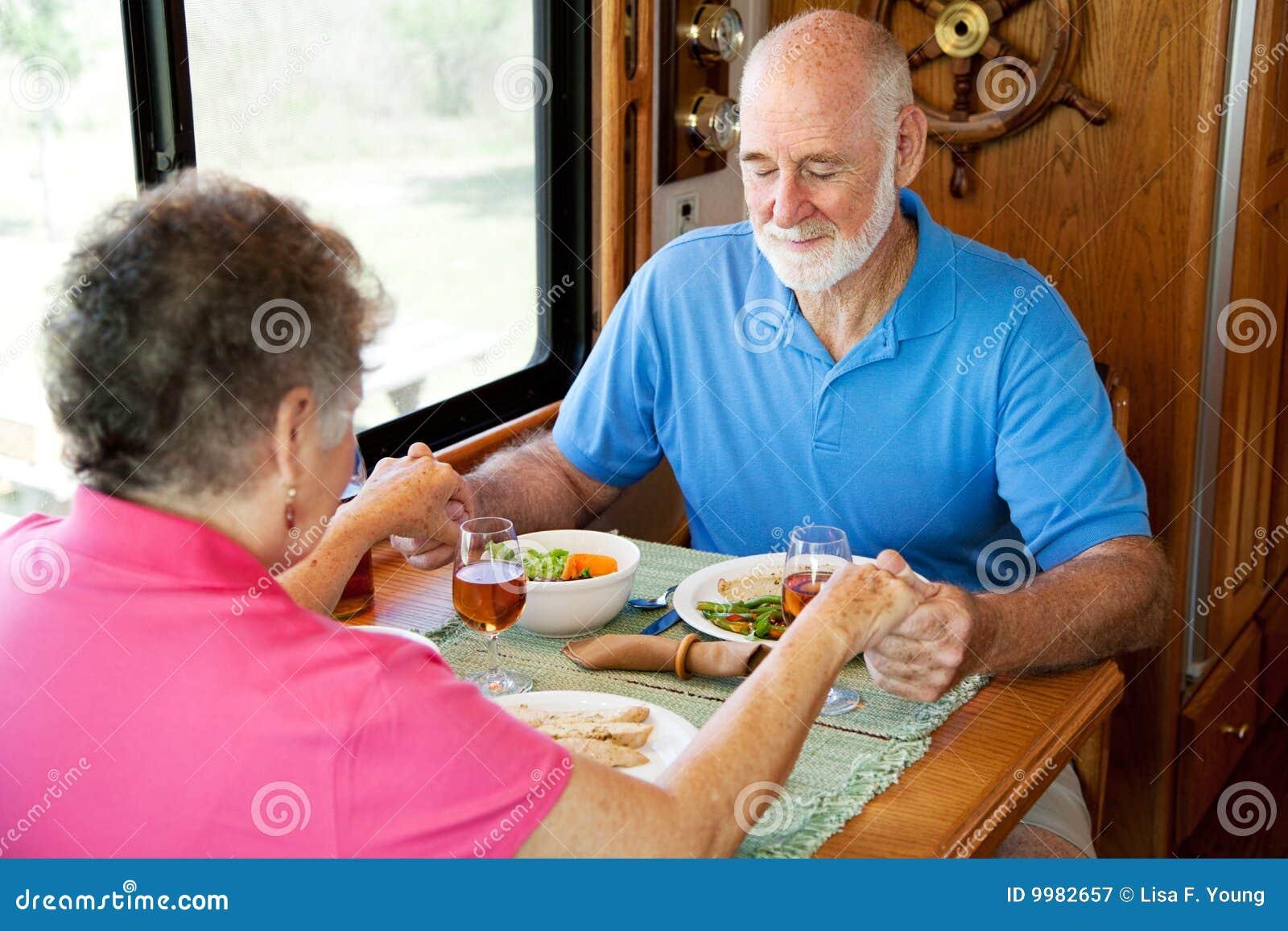 De Oudsten van rv - het Gebed van de Etenstijd