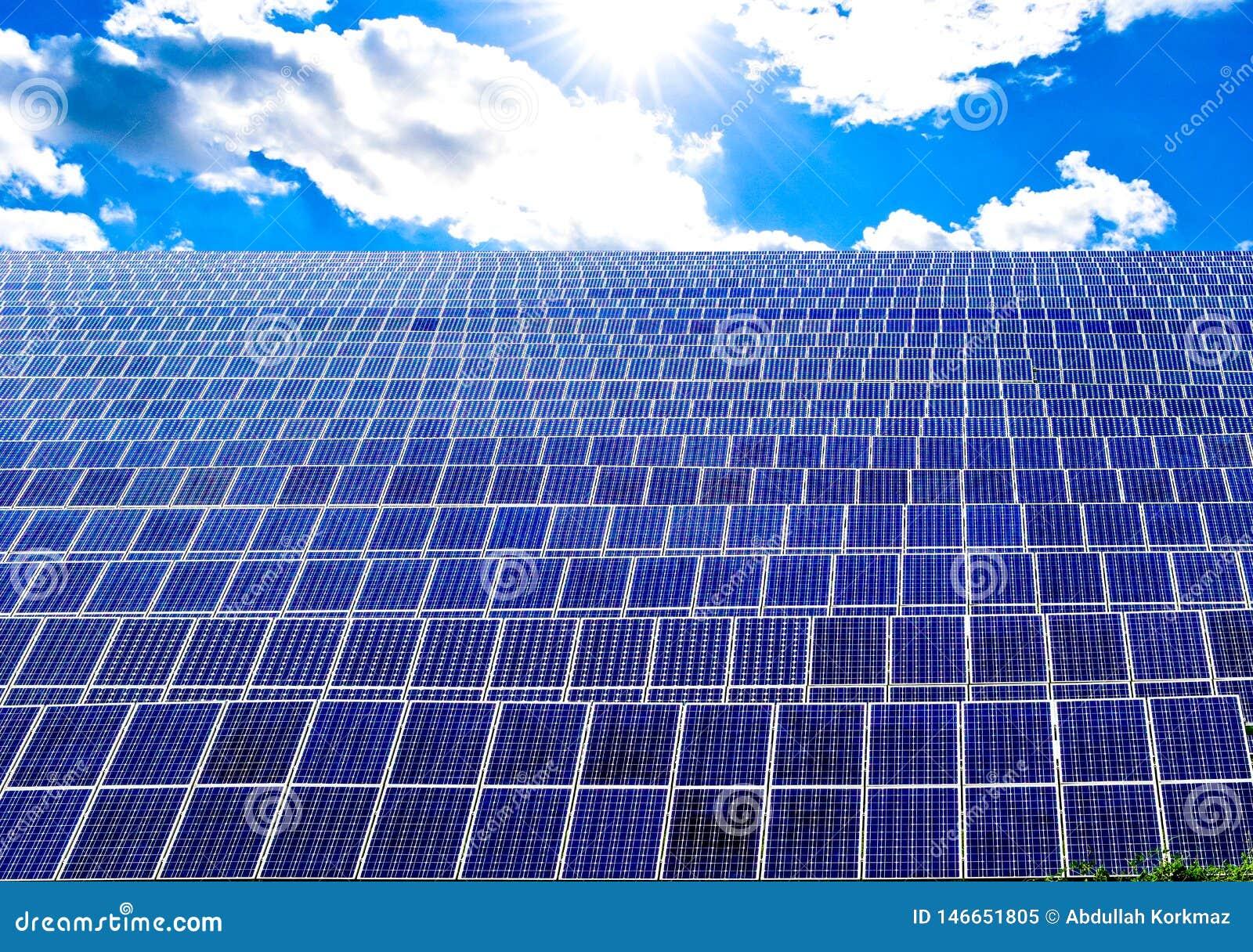 De panelengebied van de zonne-energiemacht