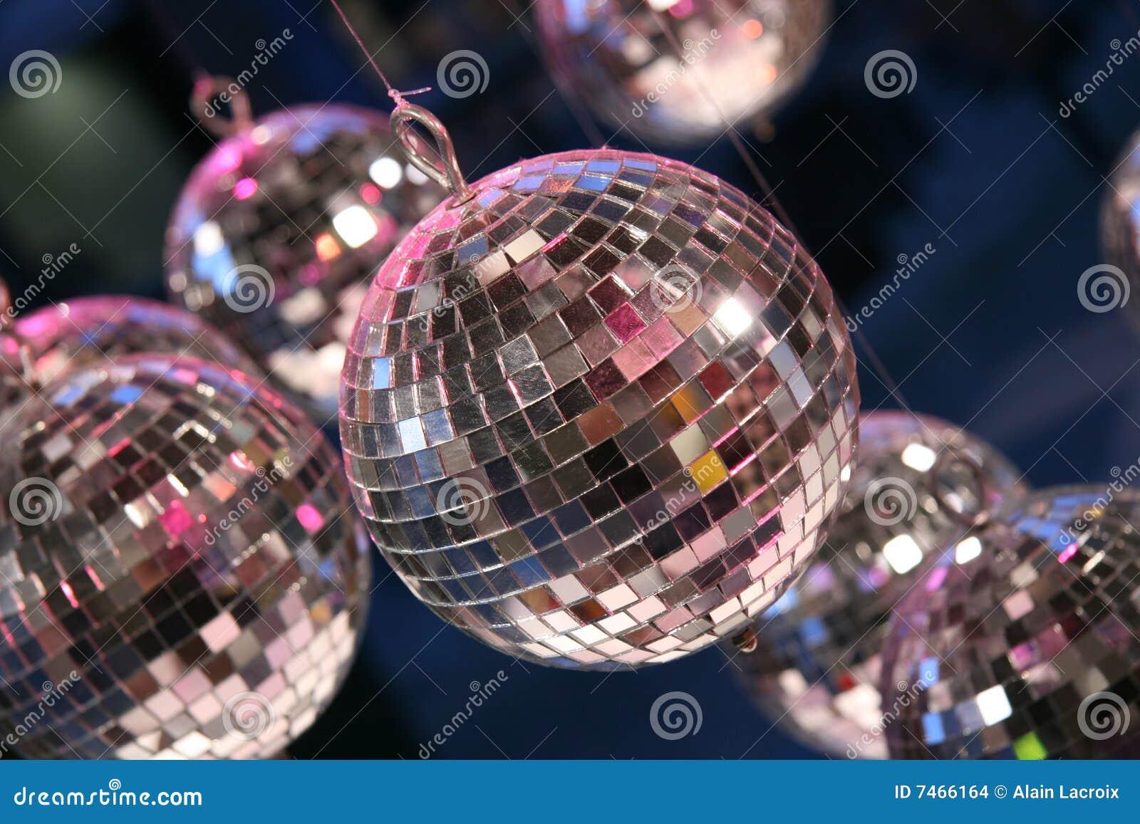 De partijballen van de disco