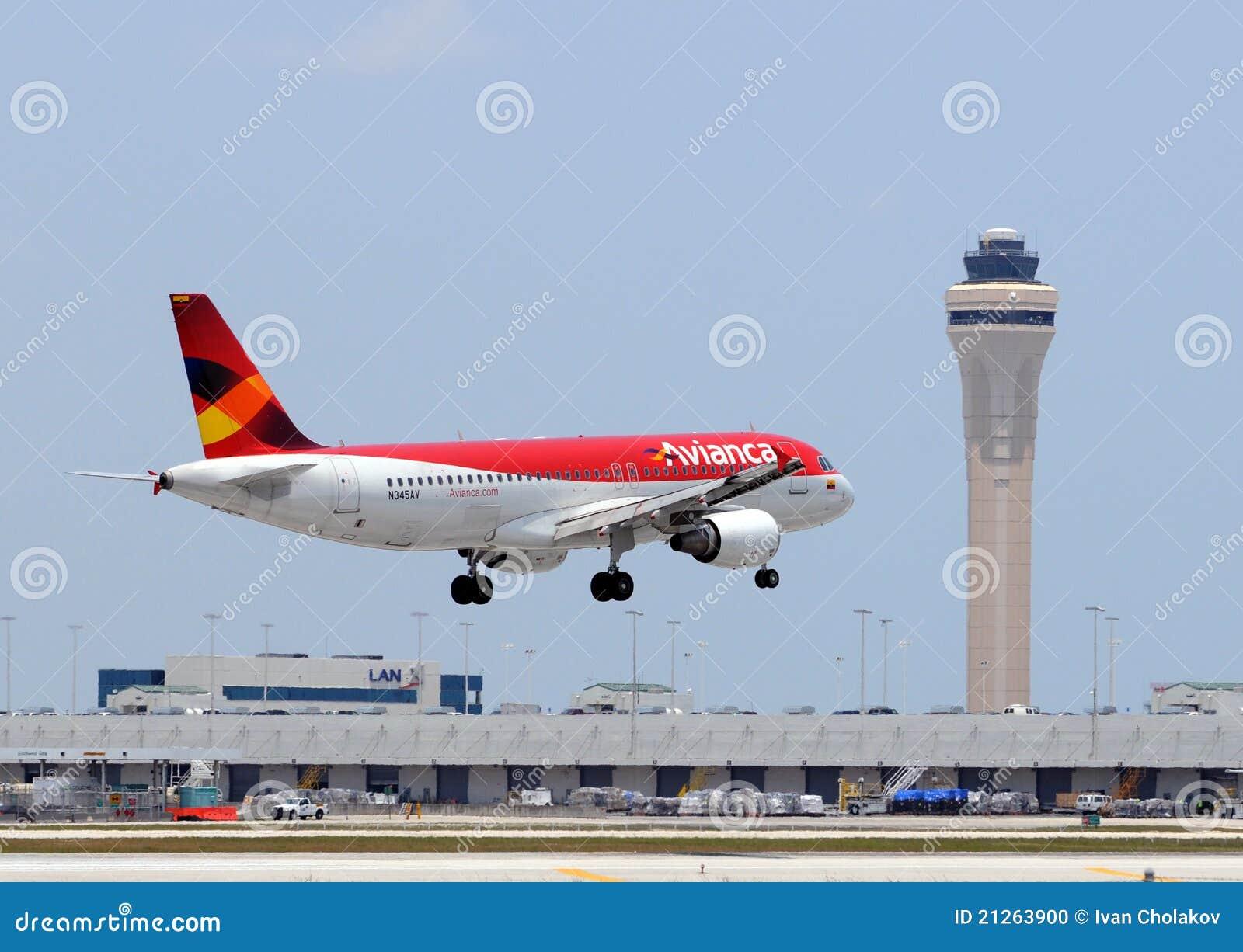 De passagier van Avianca het straal landen in Miami