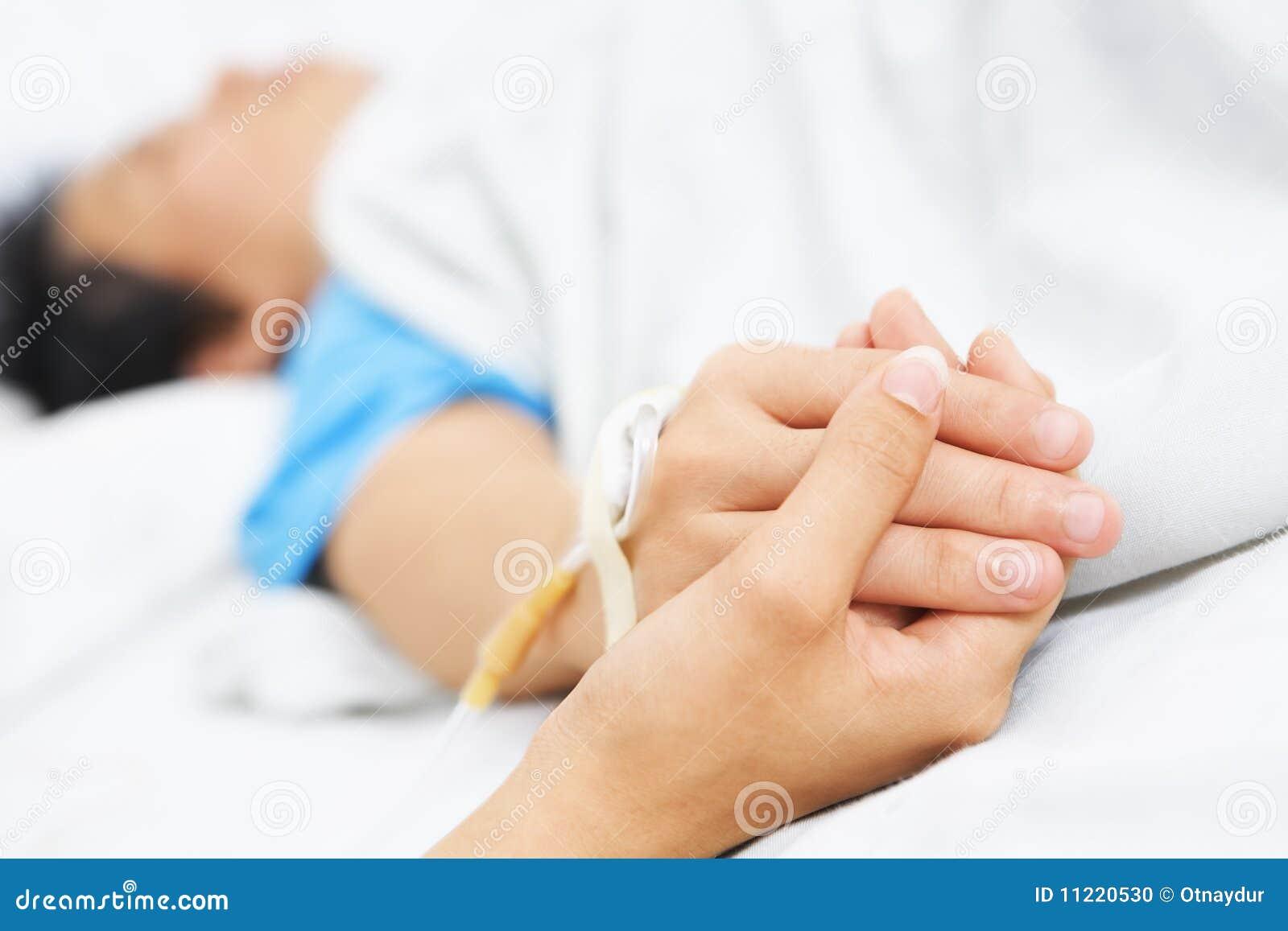 De patiënt van de holding dient het ziekenhuis in