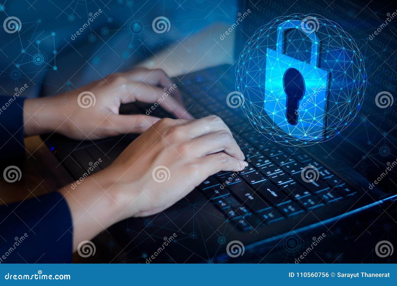De pers gaat knoop op computer in Zeer belangrijke van de de technologiewereld van het slotveiligheidssysteem abstracte digitale