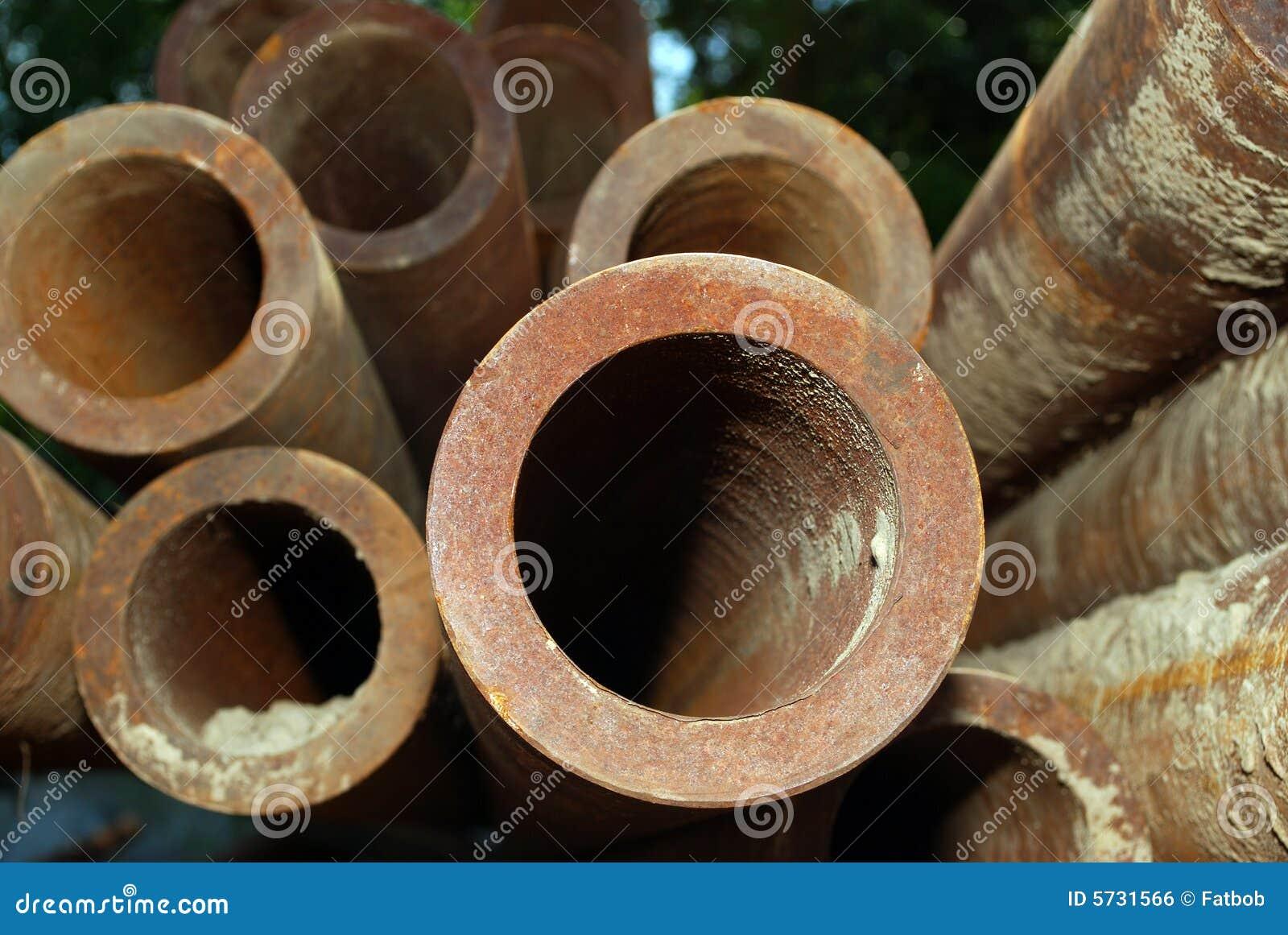 De pijpen van het staal