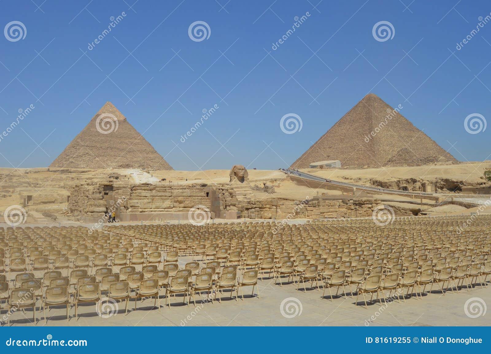 De Piramides van Giza Khapre en cheops en de Sfinx