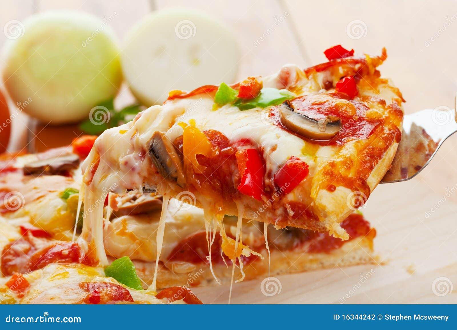 De plak van de pizza