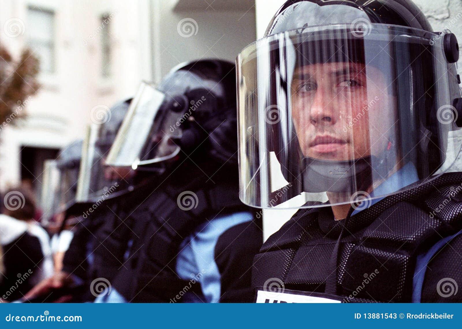 De Politie van de rel