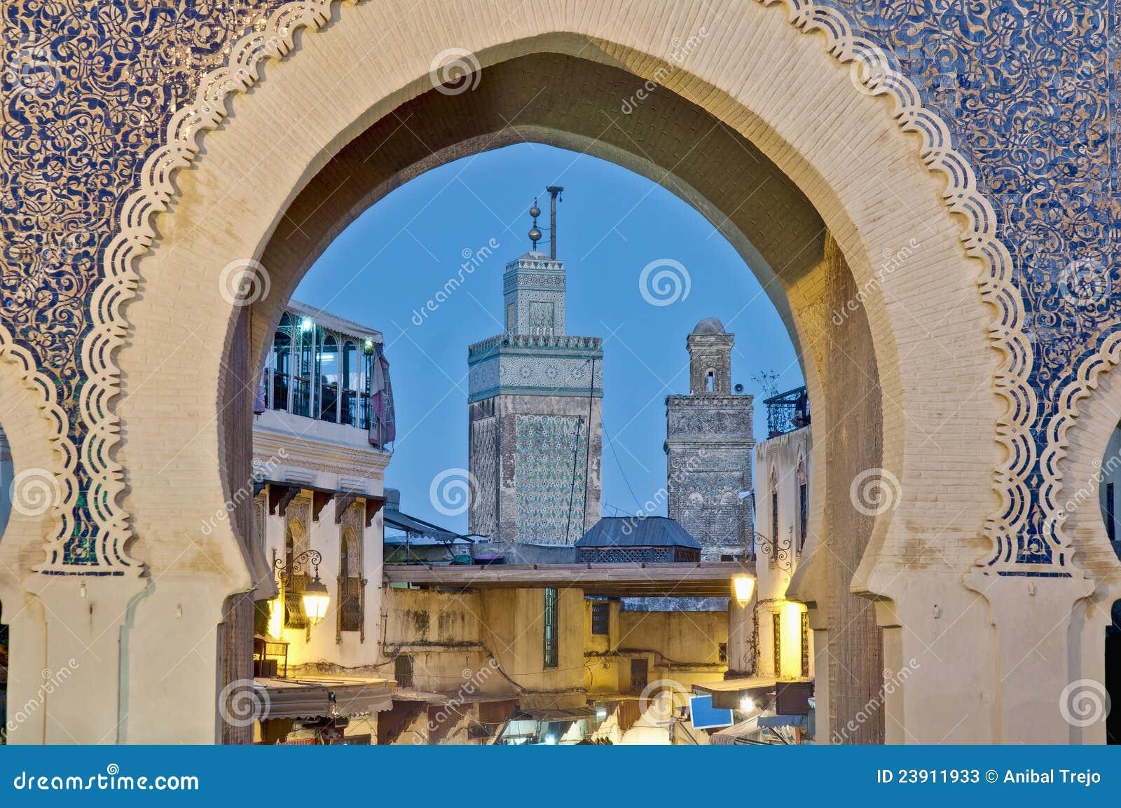 De poort van Bou Jeloud van Bab in Fez, Marokko