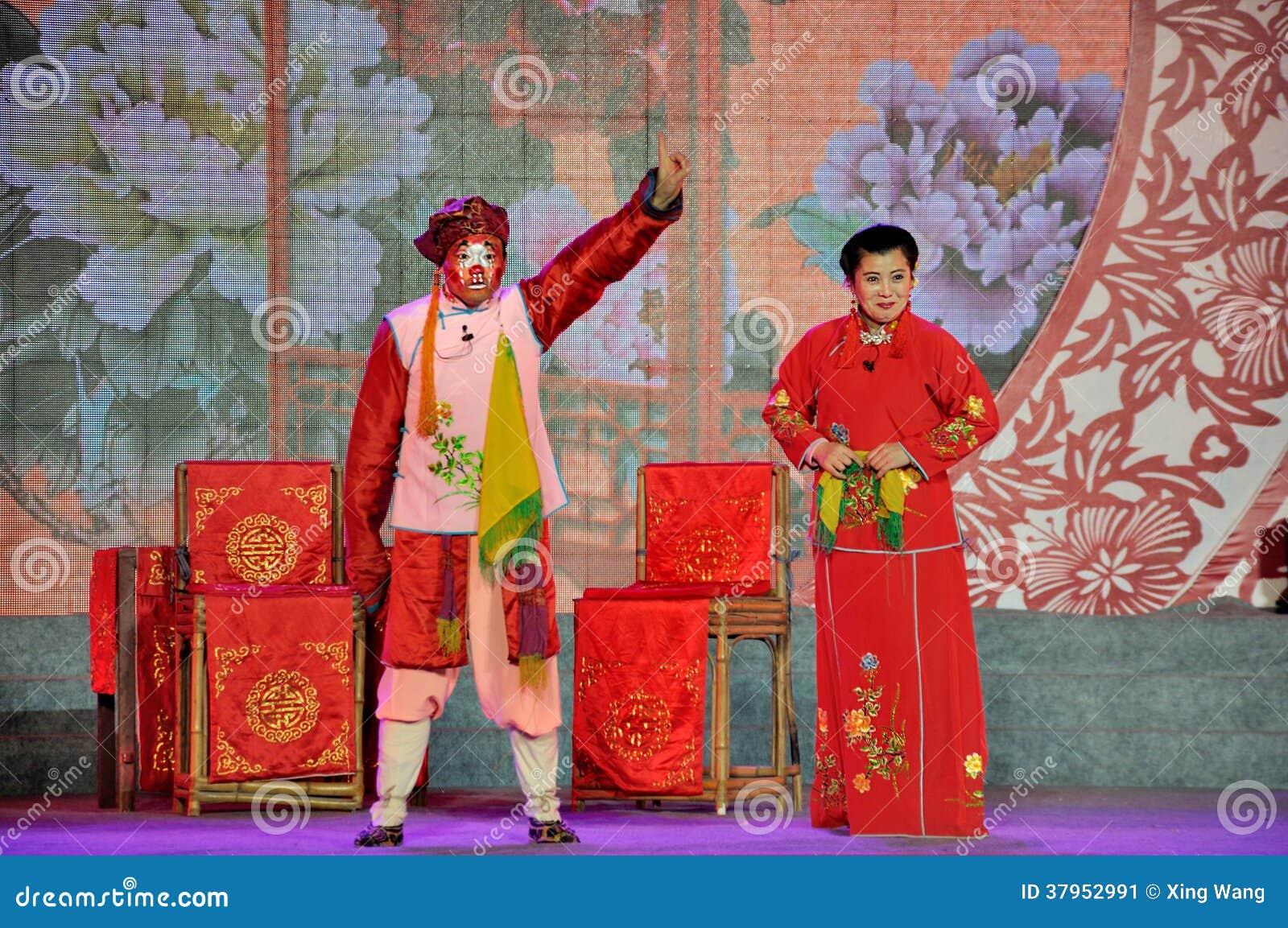 De Prestaties van de Sichuaneseopera op Lantaarnfestival
