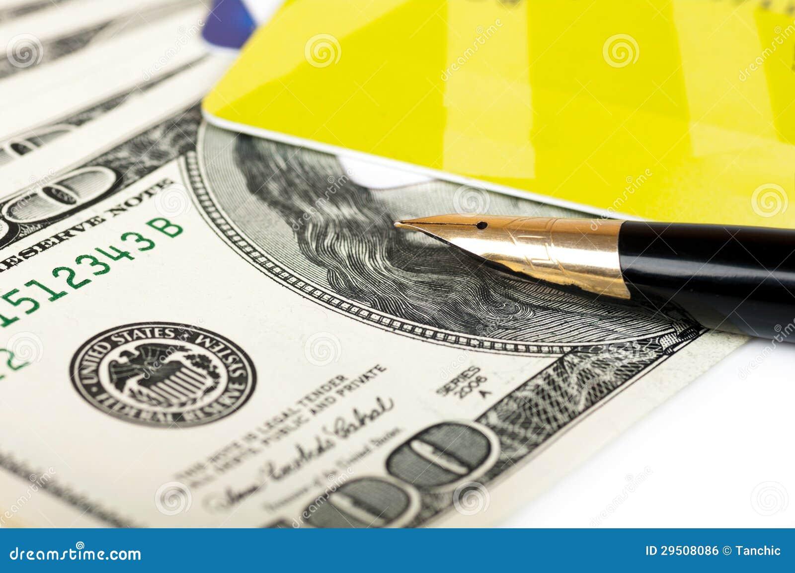 De rekeningen van de kaart en van de dollar en een dichte vulpen