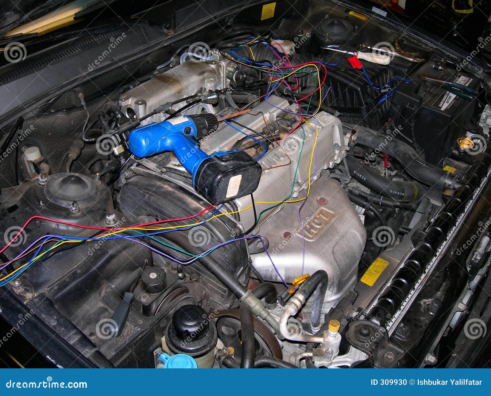 De Reparatie van de auto