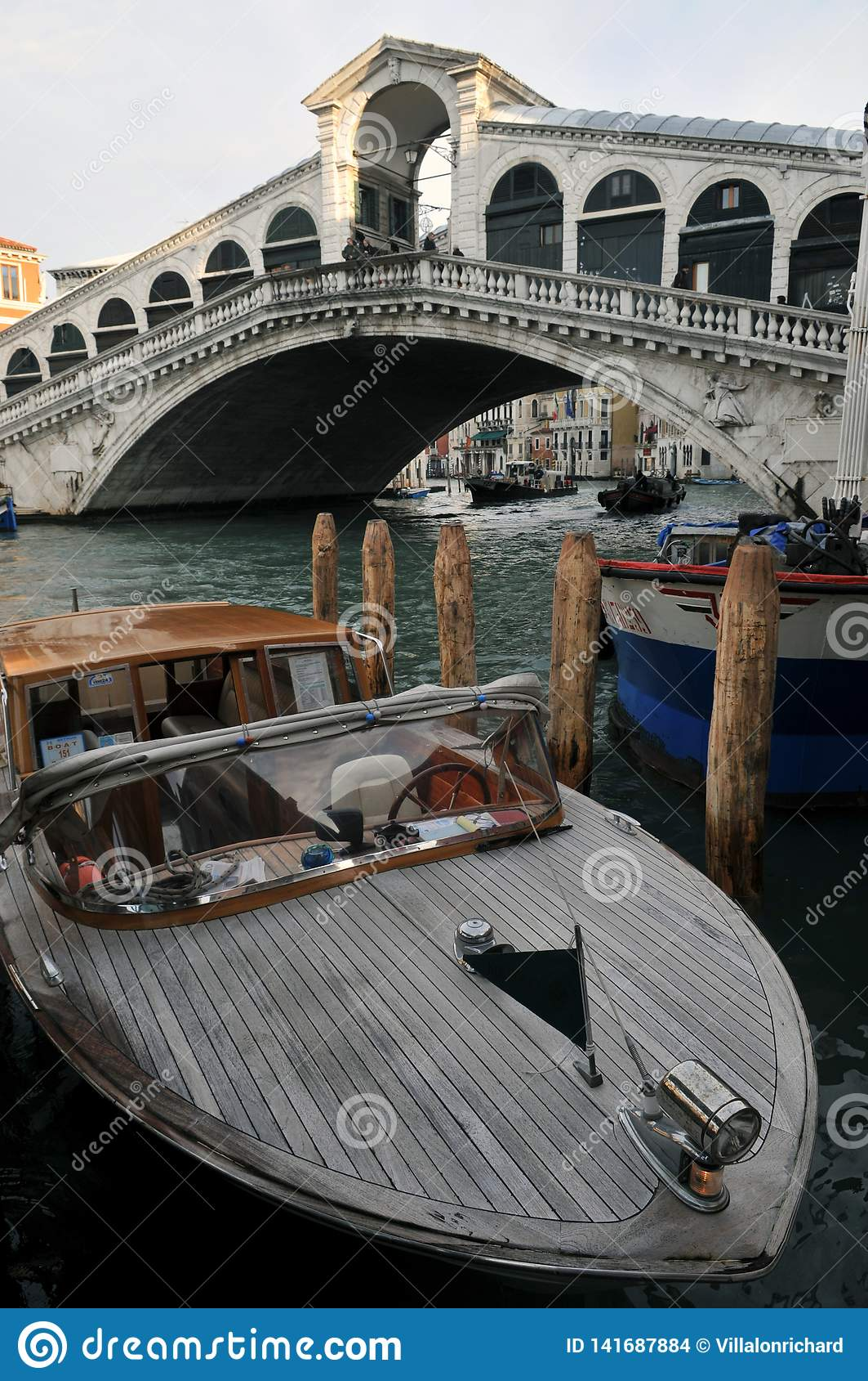 De Rialto-Brug in Venetië, Italië