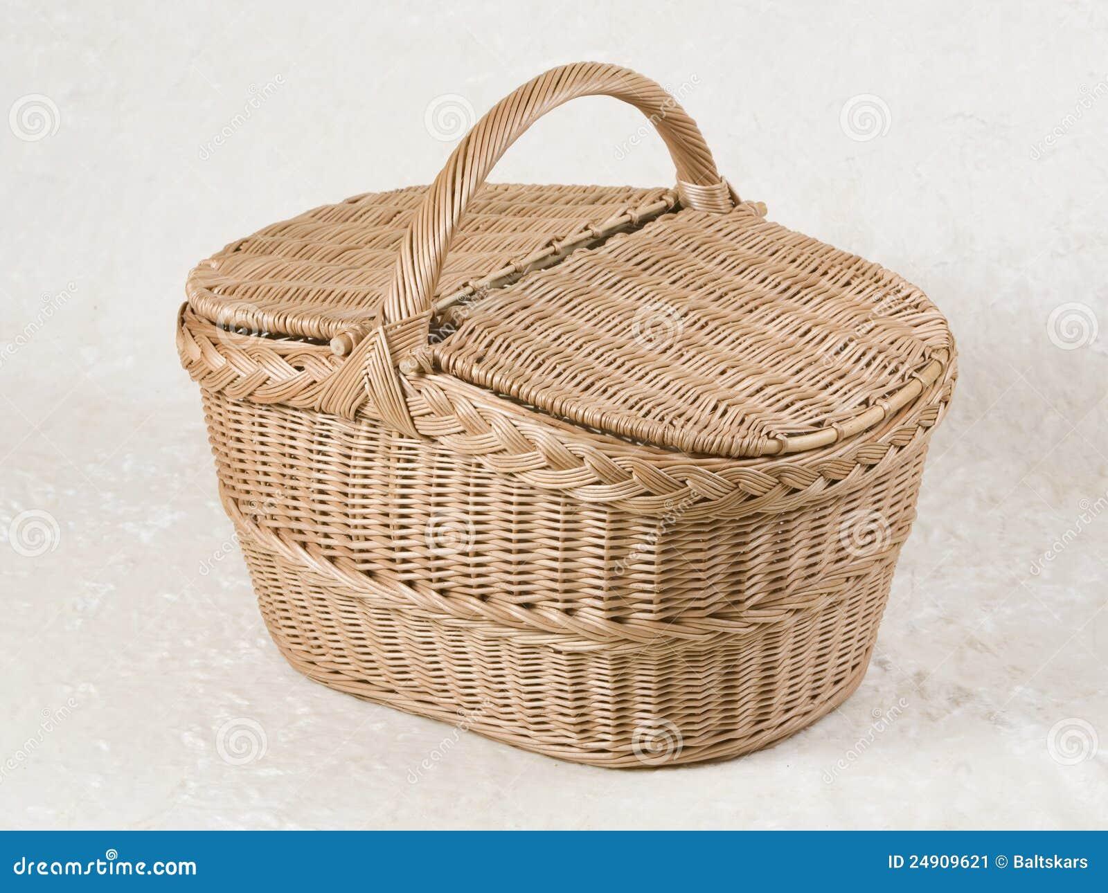 De rieten mand van de picknick stock afbeelding afbeelding 24909621 - Deksel van de boom ...