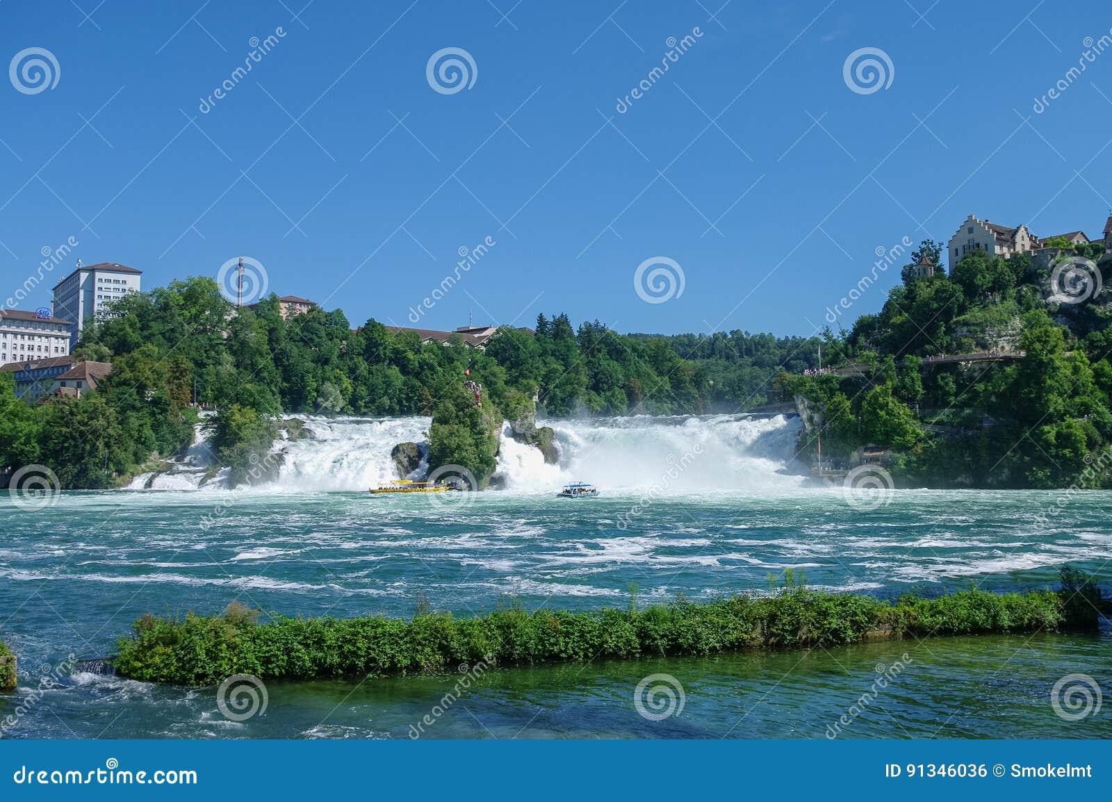 Watervallen Van Schaffhausen Zwitserland.De Rijn Dalingen Is De Grootste Waterval In Europa