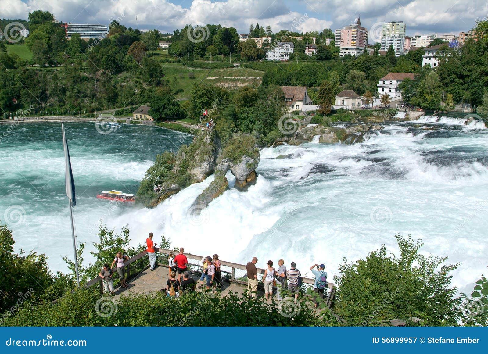 Waterval Rijn Zwitserland.De Rijn Watervallen In Neuhausen Op Zwitserland Redactionele
