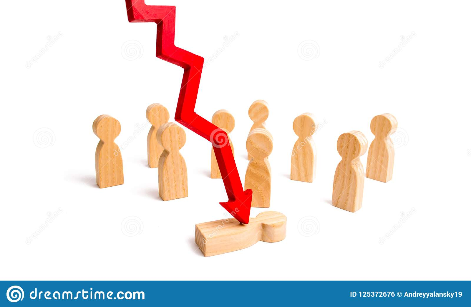 De rode pijl splijt de persoon voor een menigte Het concept psychologische druk Slachtoffer van de economische crisis, fallin