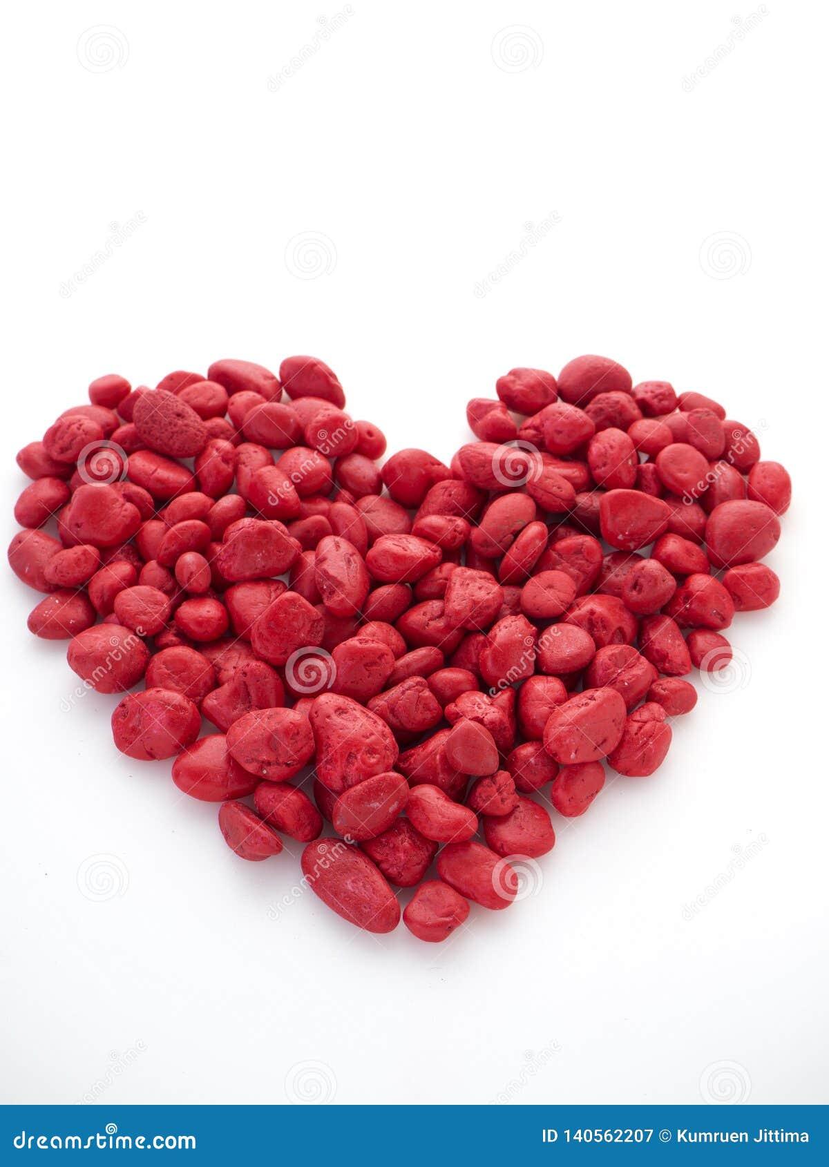 De rode steen is hartvorm