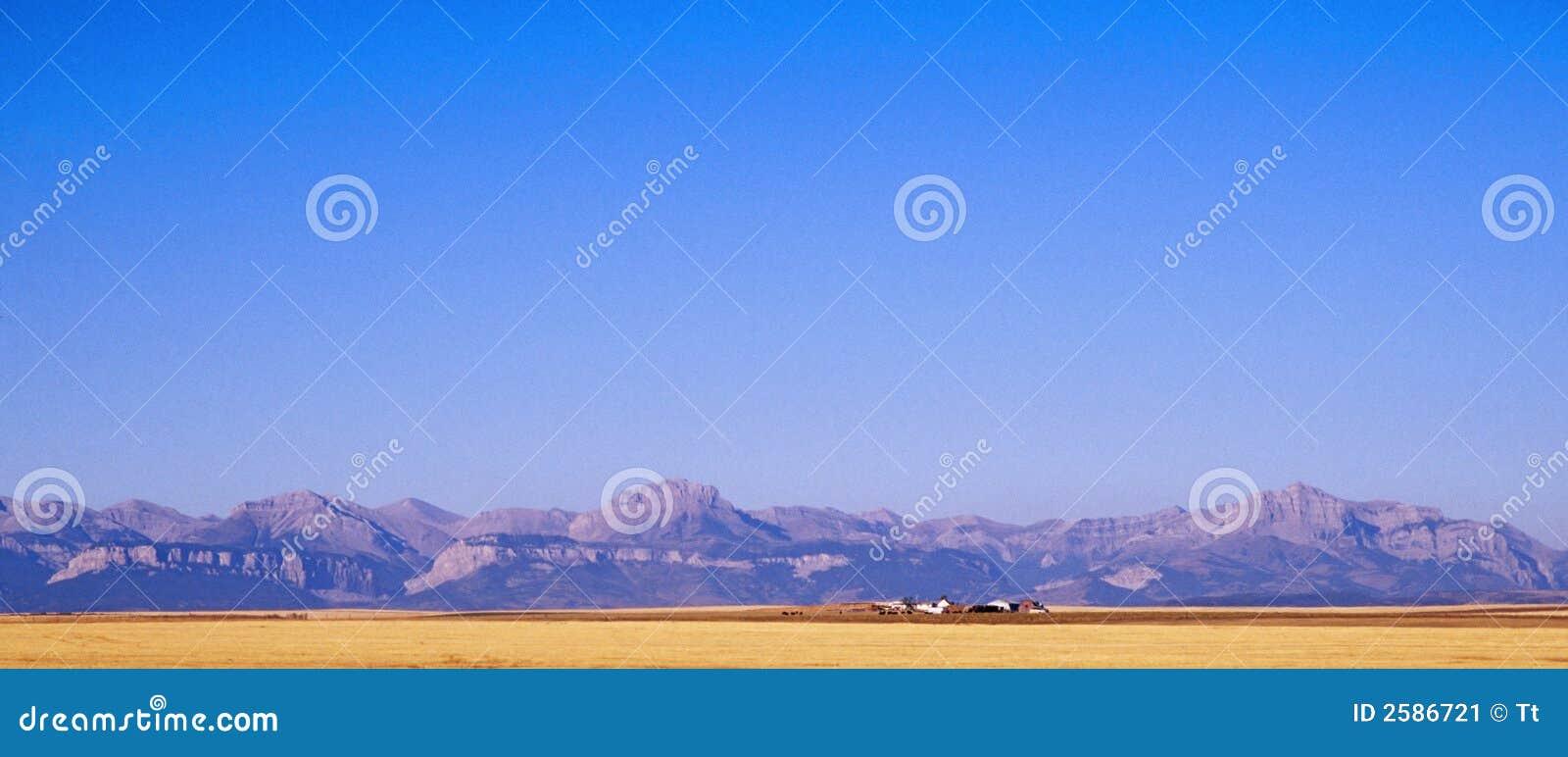 De rotsachtige bergen
