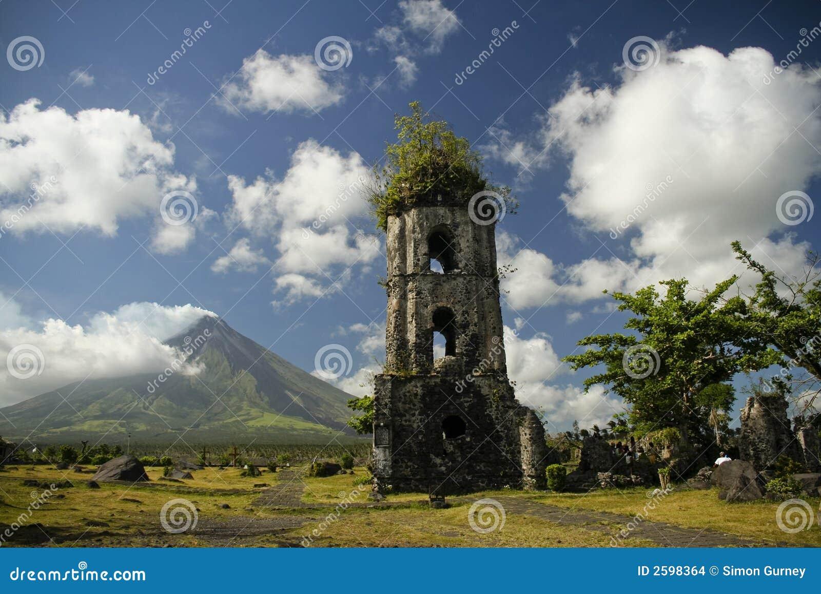 De ruïnes van Cagsawa