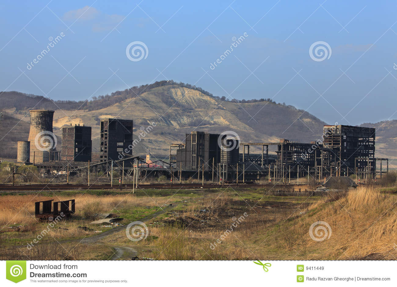 De ruïnes van de zware industrie
