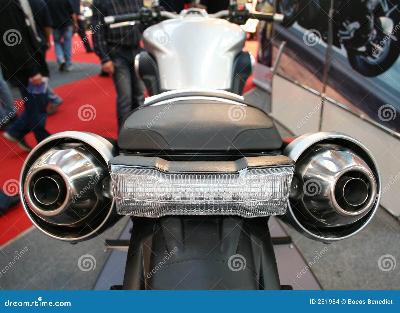De rug van de motorfiets