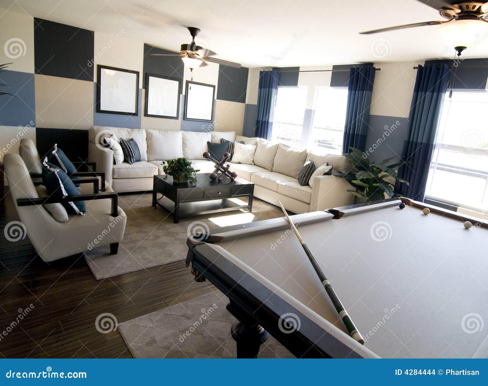 De ruimte binnenlands ontwerp van het luxespel