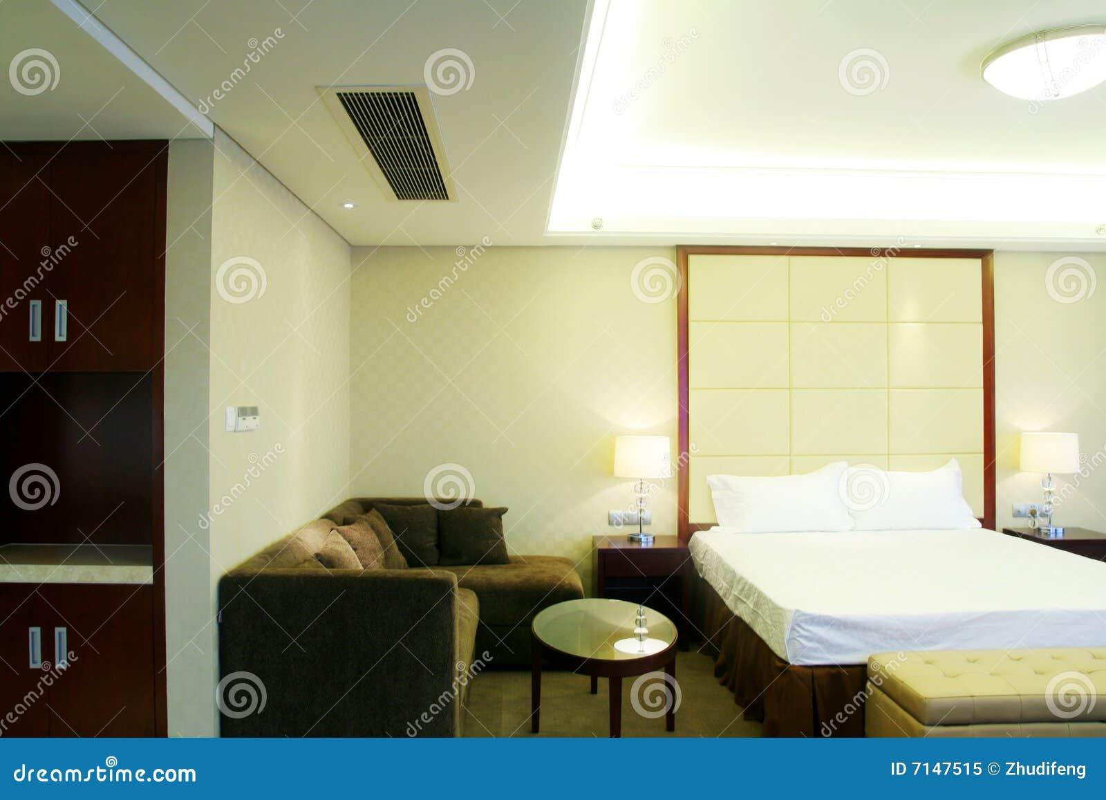 De ruimte van het bed royalty vrije stock foto afbeelding 7147515 - Ruimte van het meisje parket ...