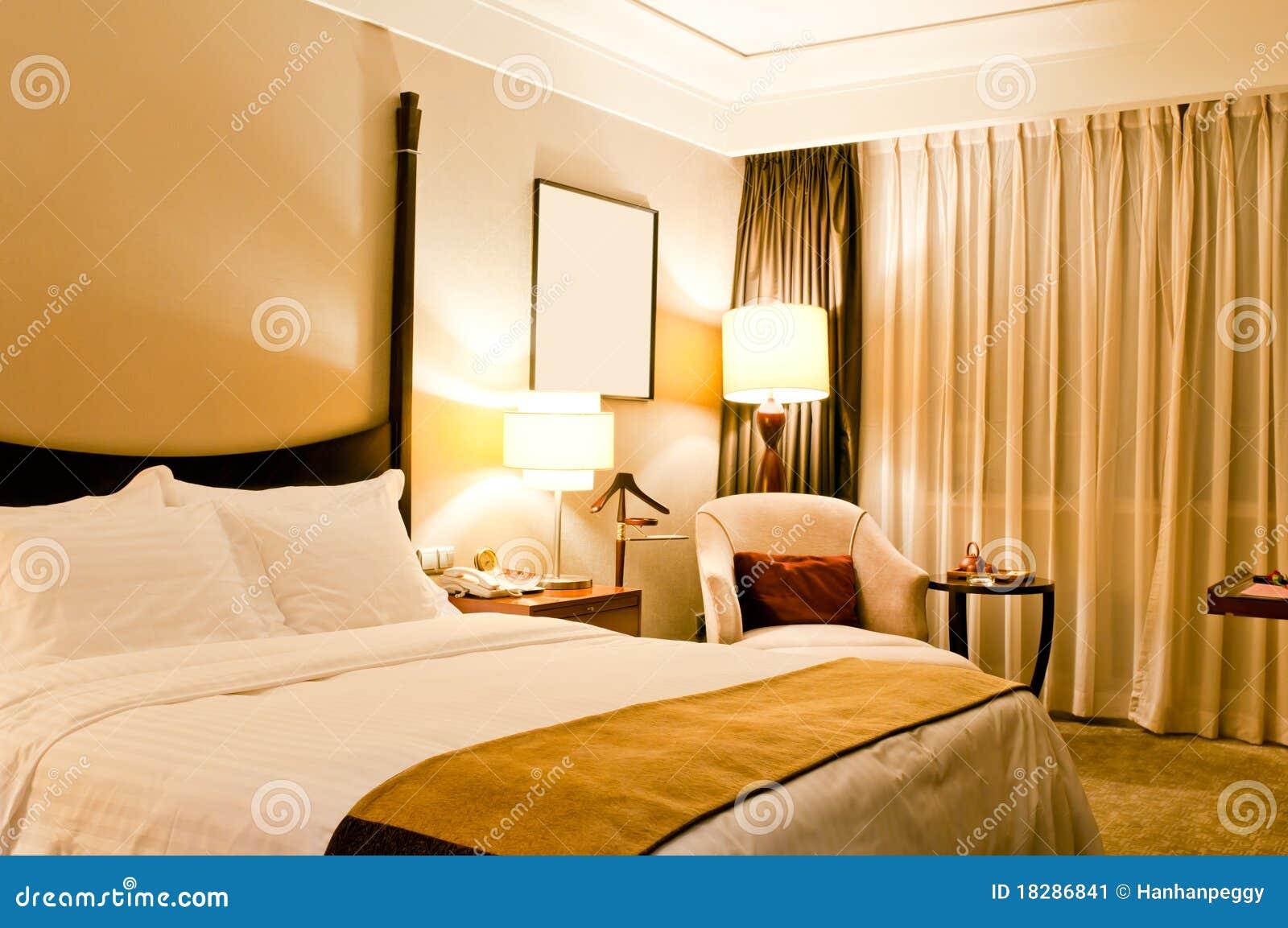 De ruimte van het hotel stock afbeelding afbeelding 18286841 - Ruimte van het meisje parket ...