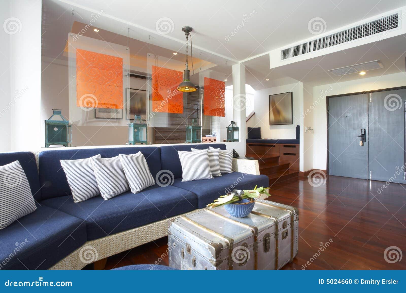 De ruimte van het hotel stock foto afbeelding bestaande uit bank 5024660 - Ruimte van het meisje parket ...