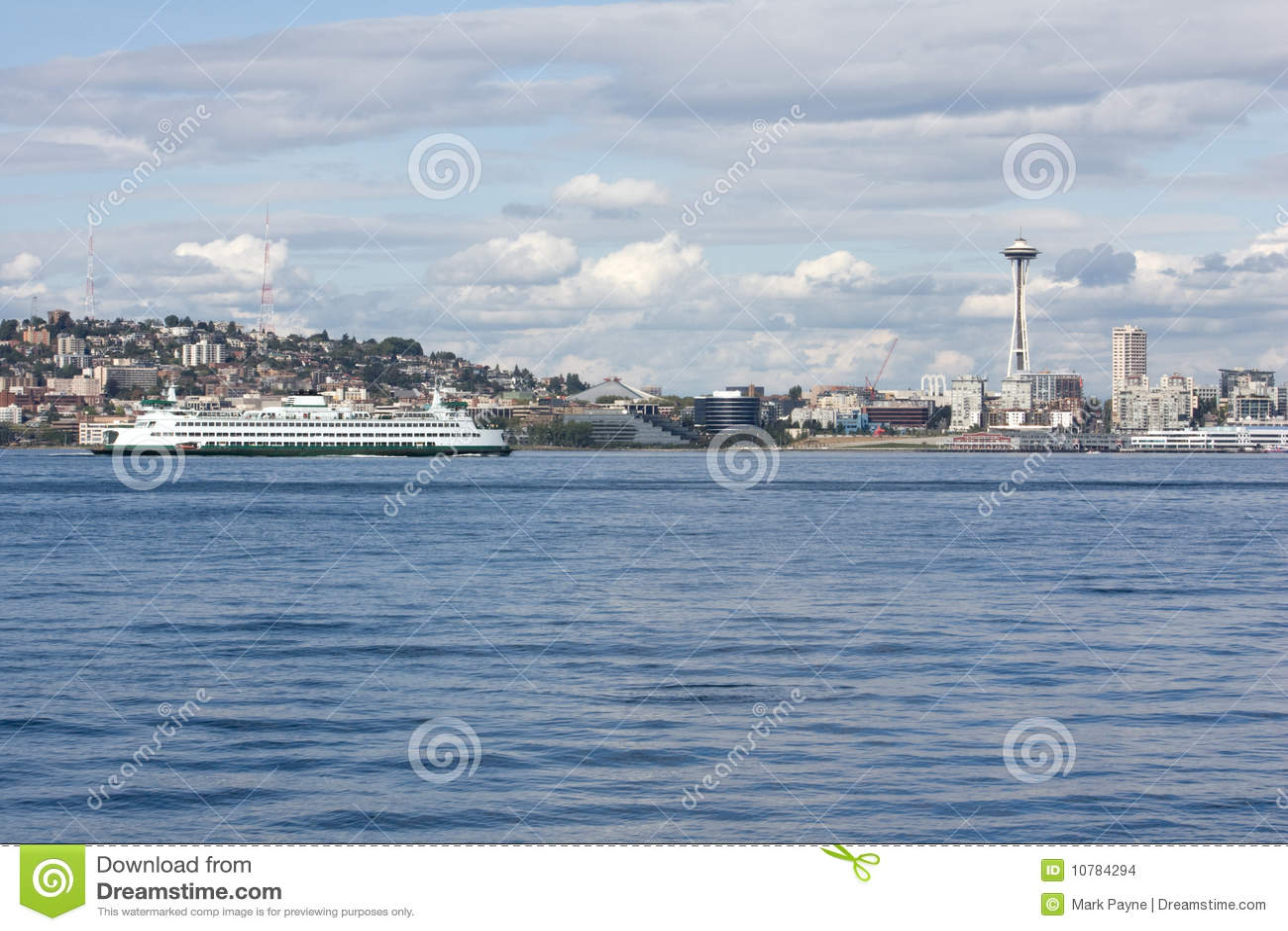 De RuimteNaald van Seattle en Correcte Veerboot Puget