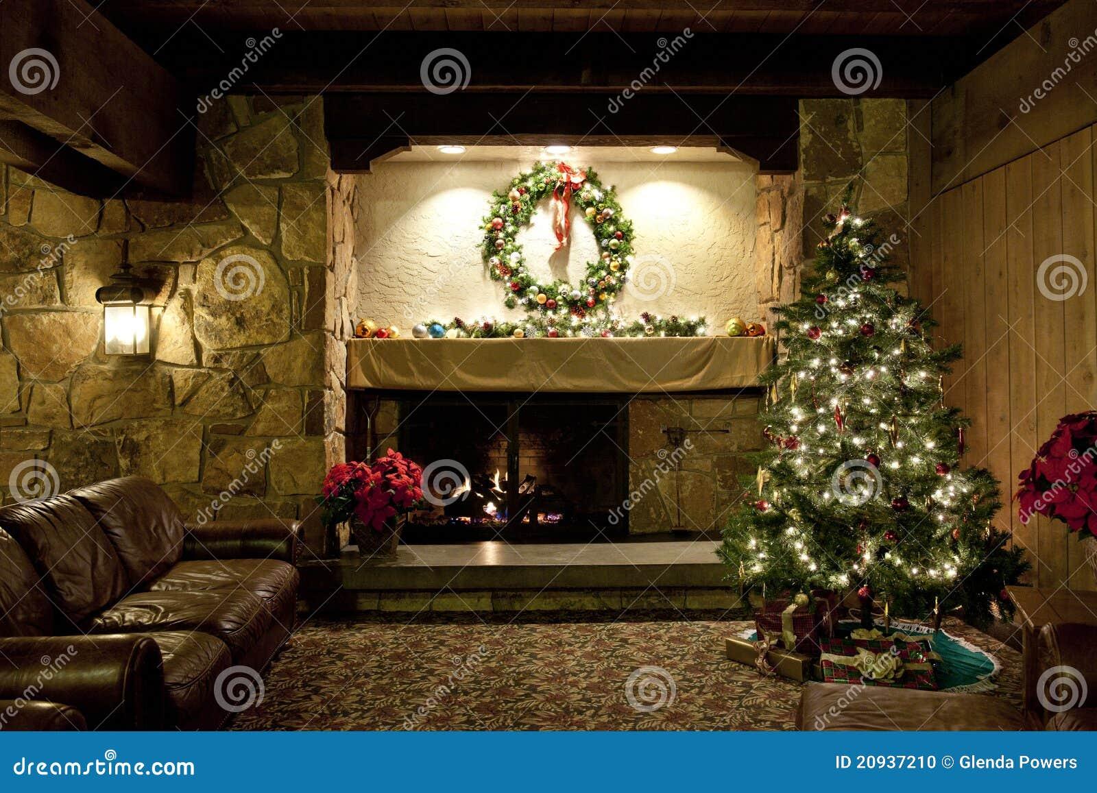 De Rustieke Woonkamer Van Kerstmis Stock Foto - Afbeelding bestaande ...
