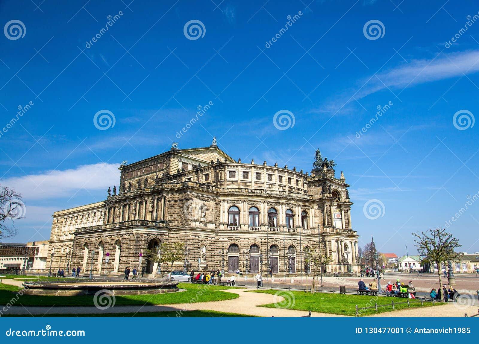 De Saksische Opera Semperoper, Dresden, Duitsland van de Staat