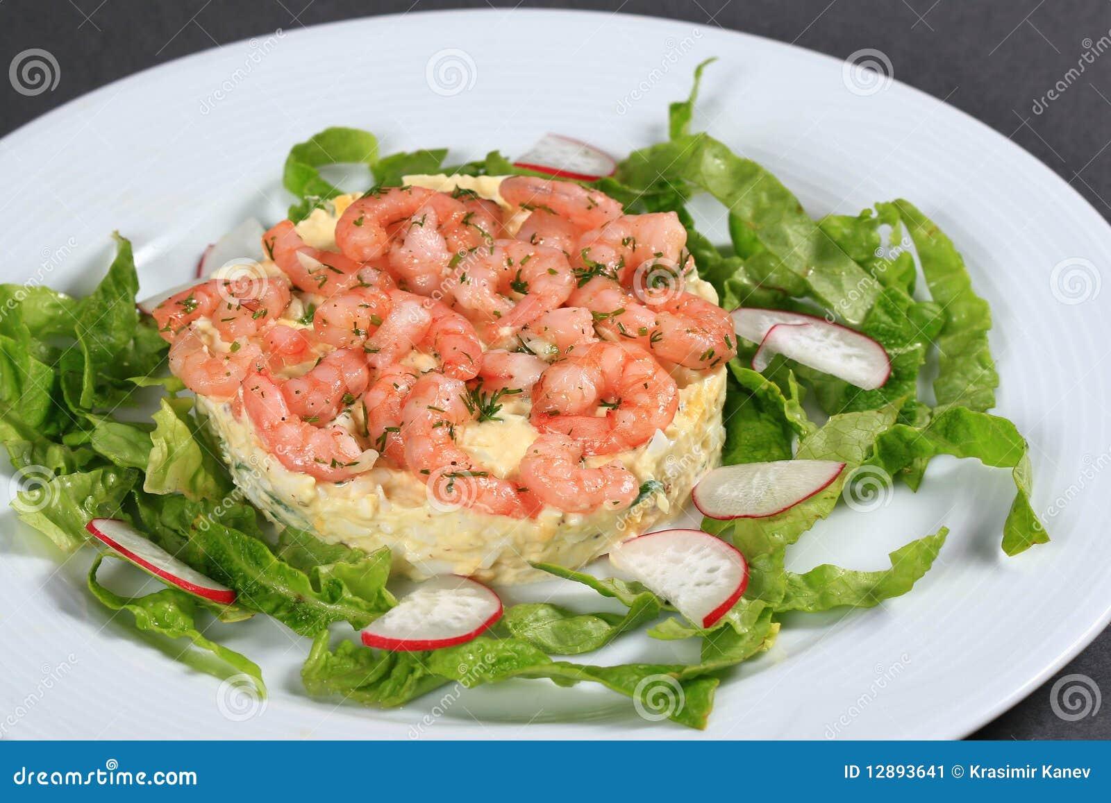 De salade van garnalen stock afbeelding afbeelding for Vers de salade