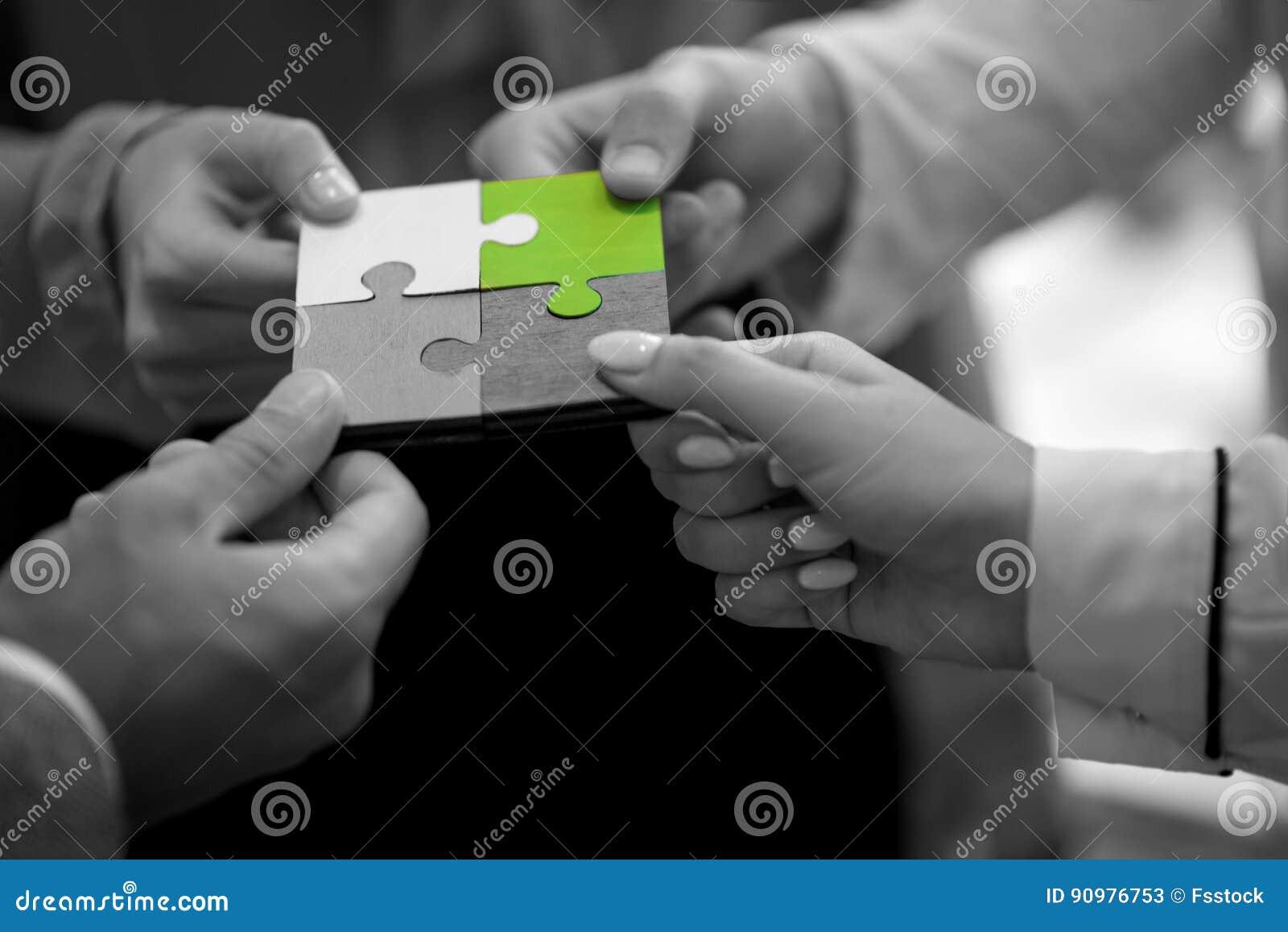 De Samenwerking Team Concept van de bedrijfsmensenpuzzel
