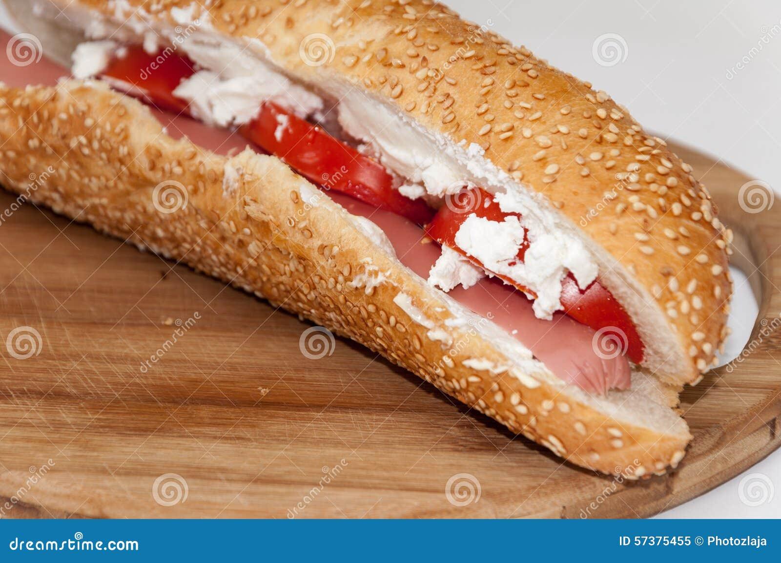 De sandwiches van de driehoekstoost met ham