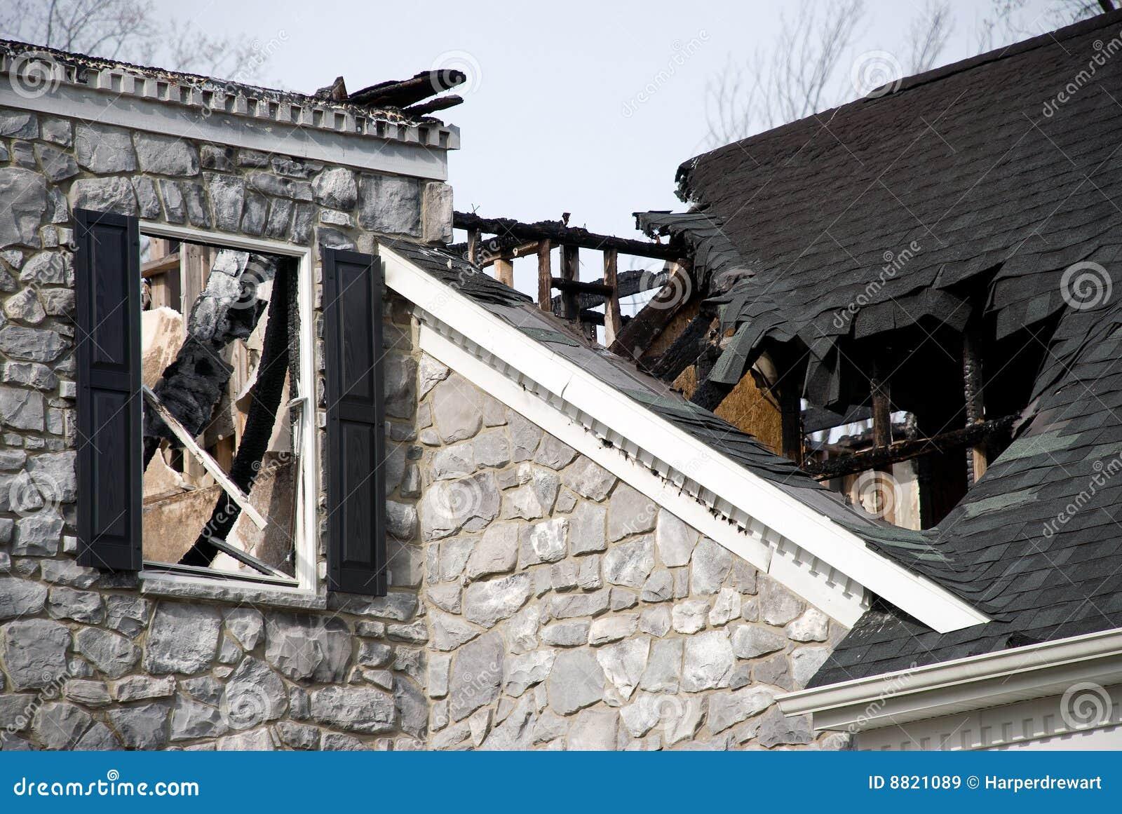 De Schade van de Brand van het Huis van de luxe