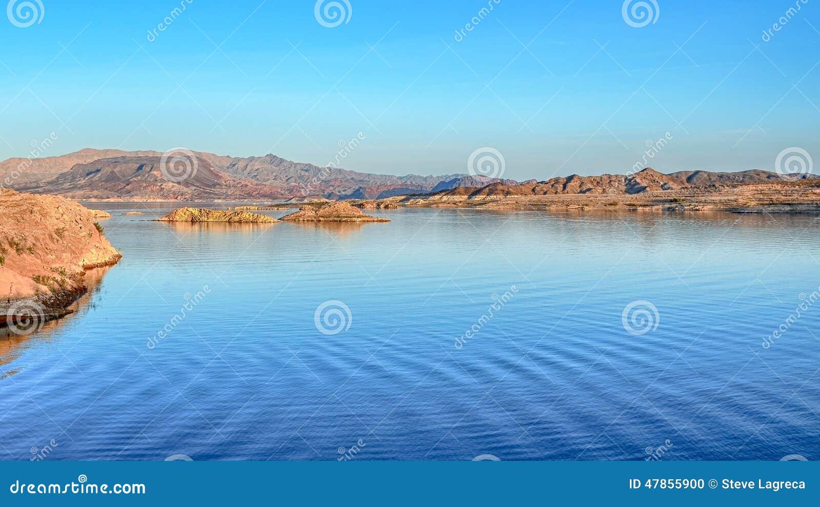 De schemer, Zonsondergangmening overziet, Meer Mead National Recreation Area, NV