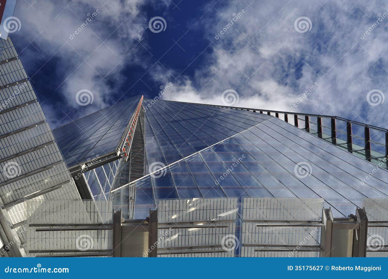 De scherf londen groot brittanni verticaal perspectief - Eigentijdse design ingang ...
