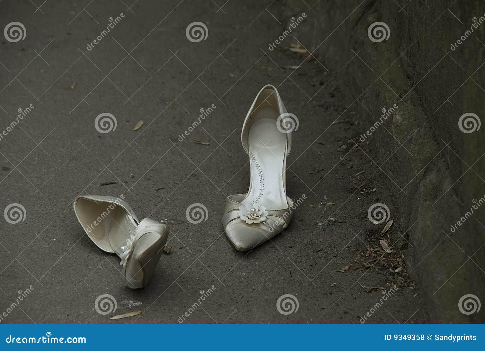 De schoenen van het huwelijk.