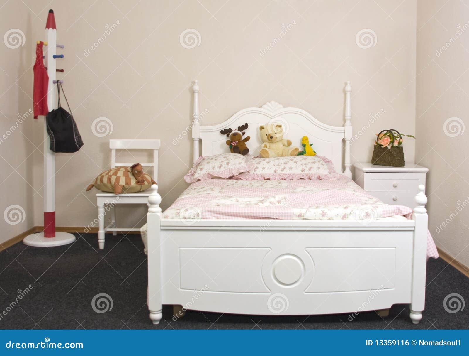 De slaapkamer van de tiener royalty vrije stock afbeelding afbeelding 13359116 - Baby meisje slaapkamer foto ...