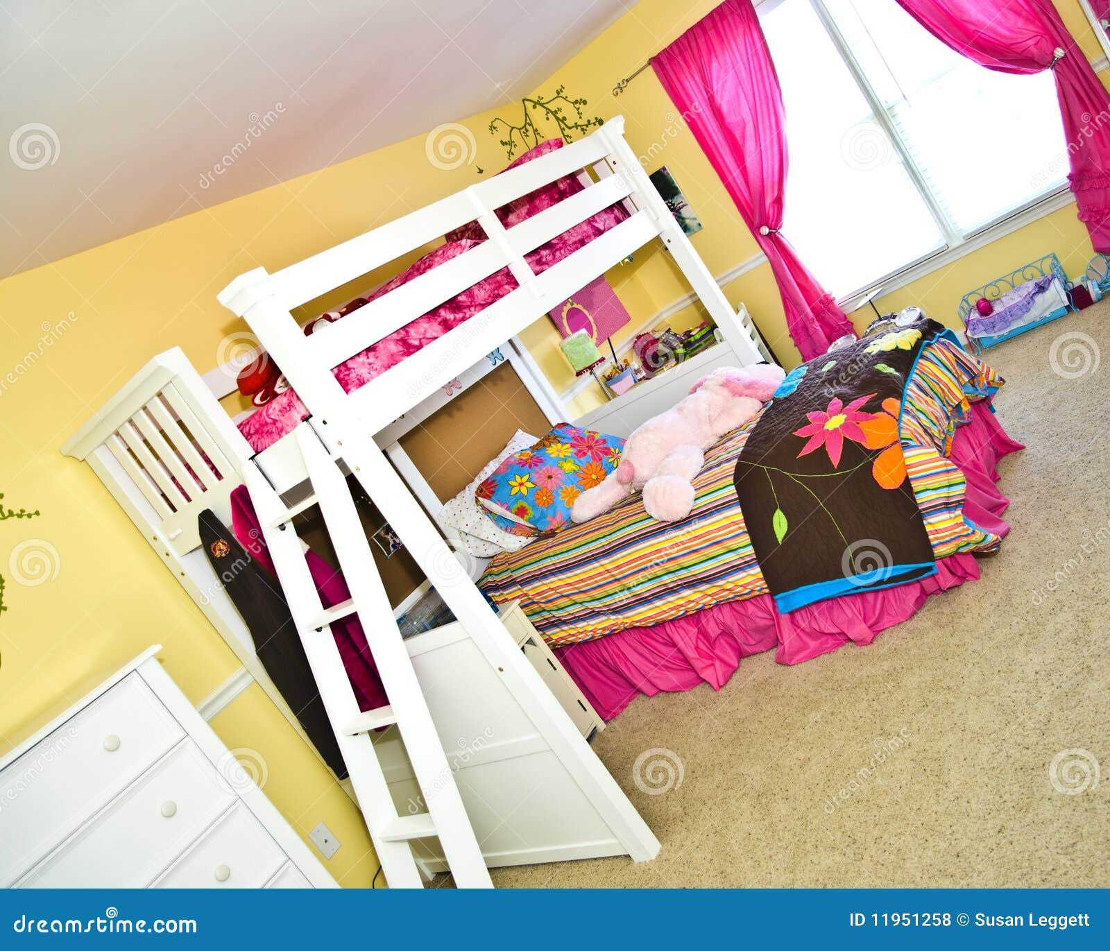 De slaapkamer van het meisje met stapelbed royalty vrije stock foto 39 s beeld 11951258 - Slaapkamer van een meisje ...