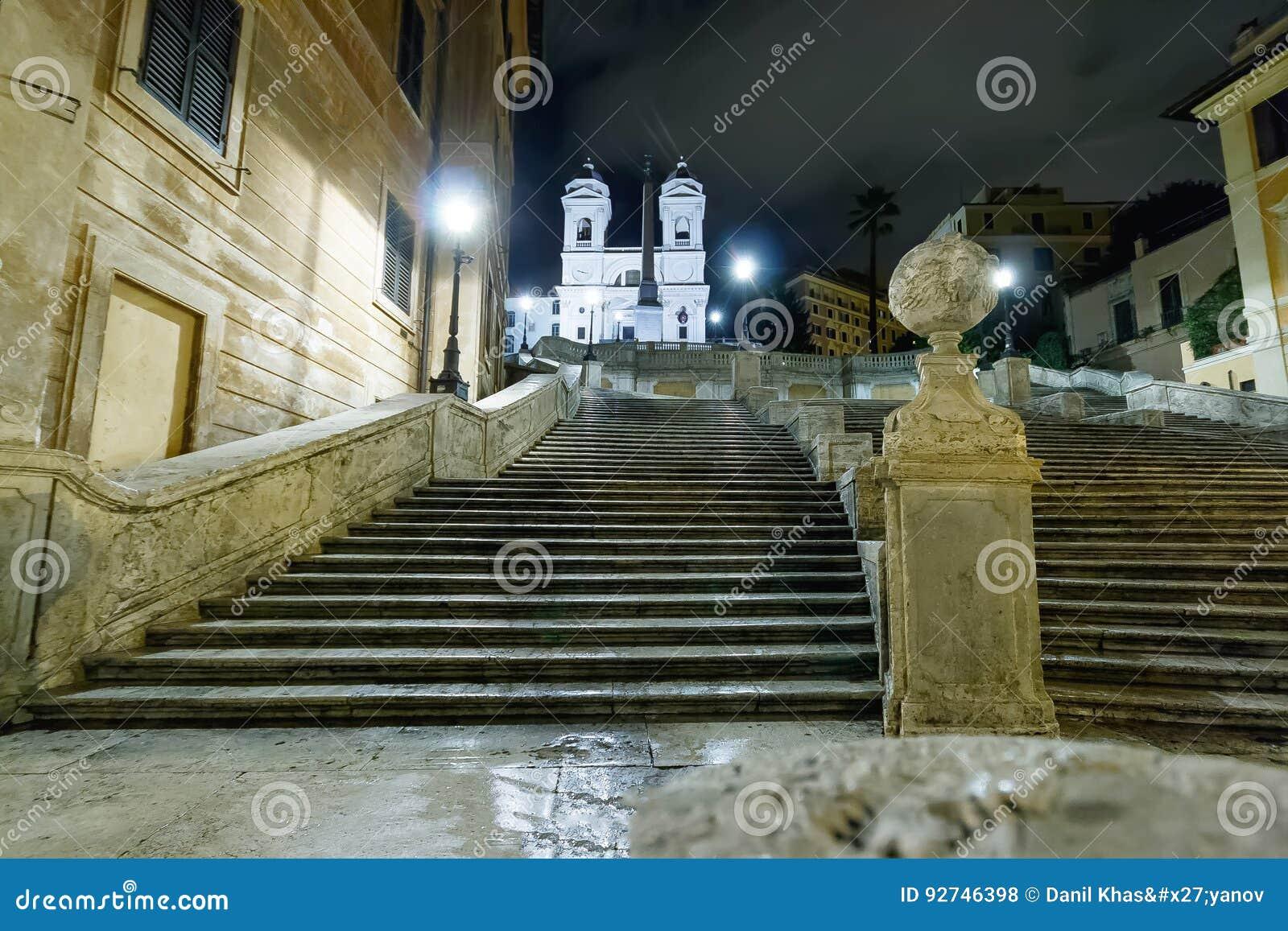 De Spaanse stappen bij de nacht