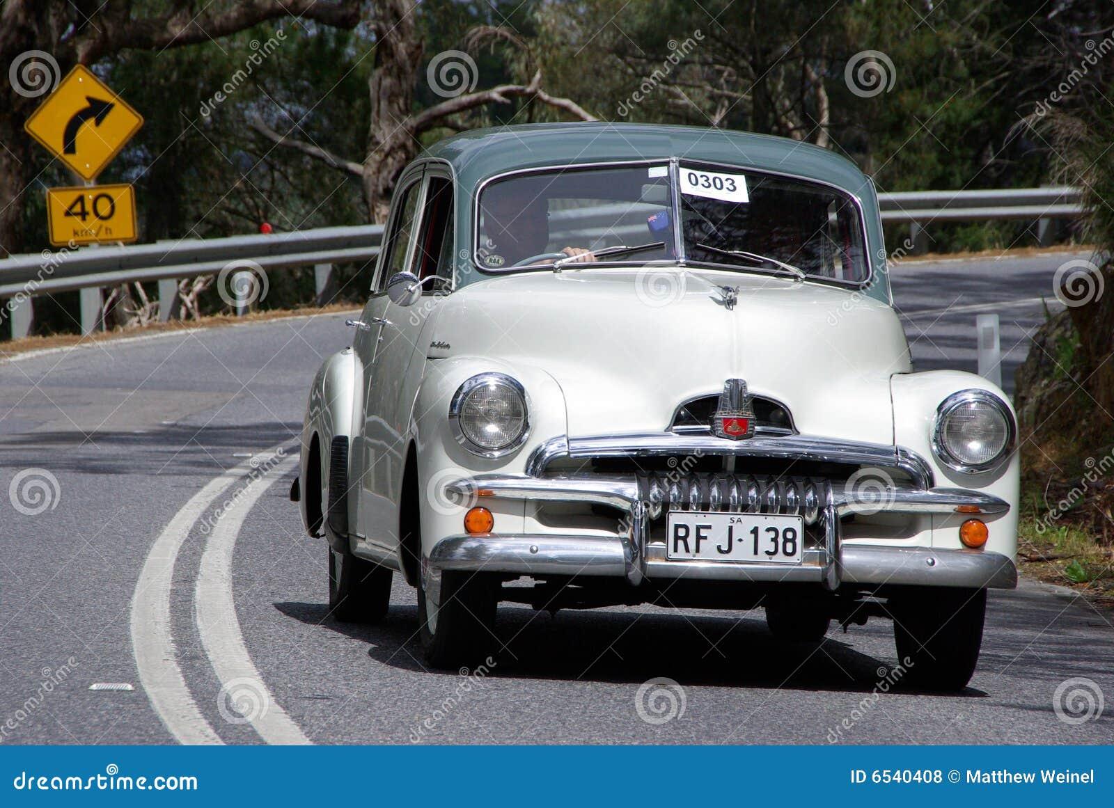 De Speciale Sedan van FJ van Holden